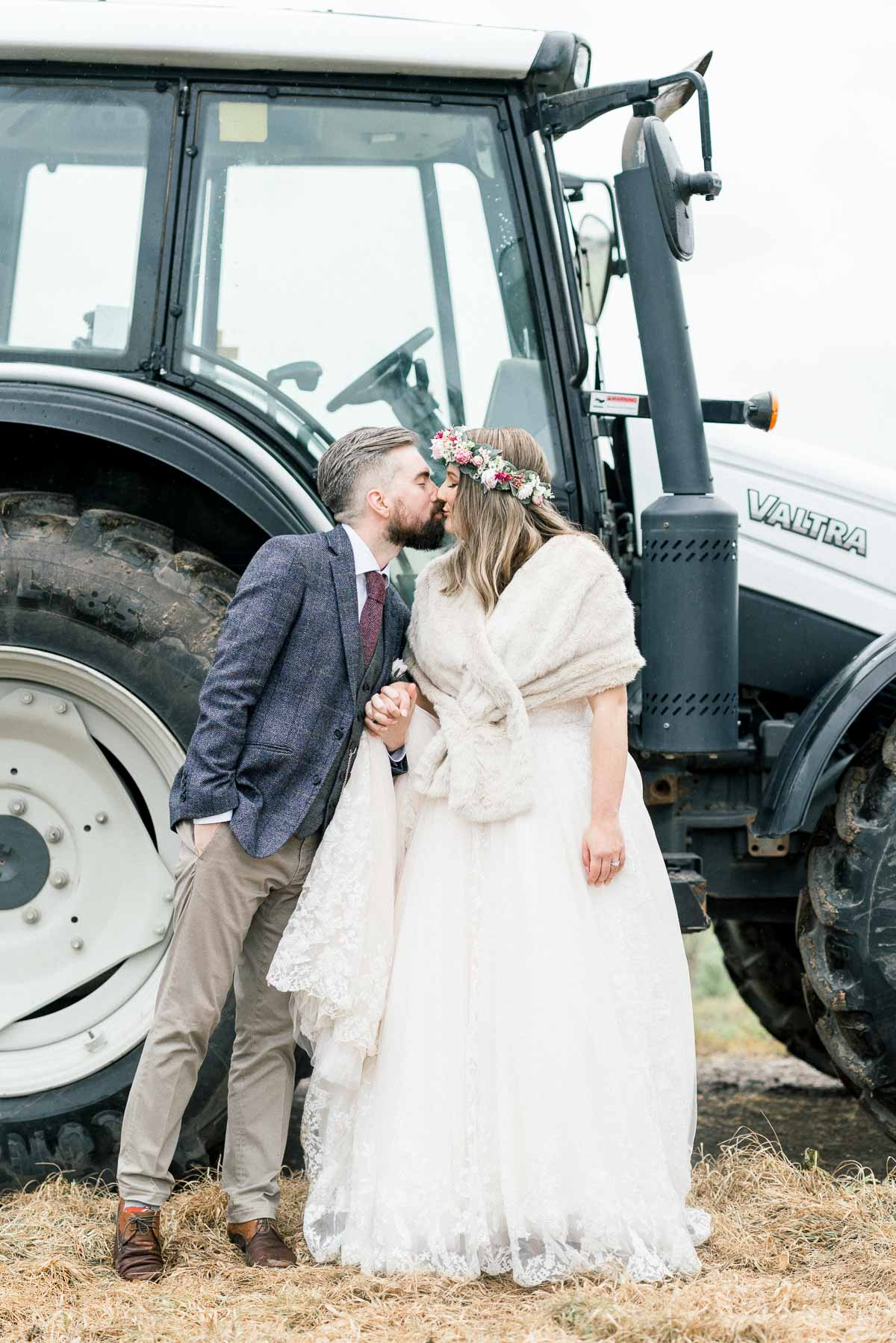 adams-farm-coldstream-yarra-valley-wedding-heart+soul-weddings-kel-jarryd-05664.jpg