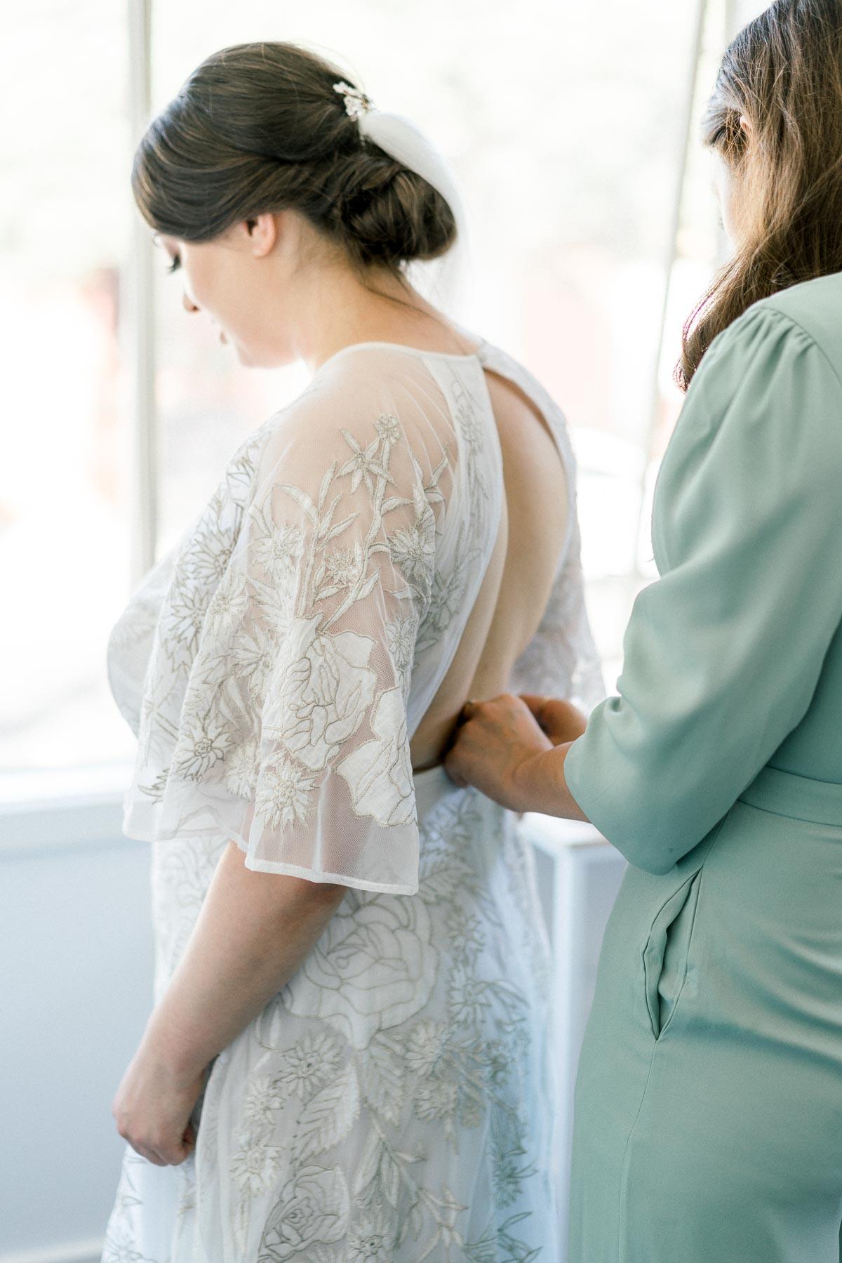 little-henri-cafe-wedding-thornbury-heart+soul-weddings-jane-aaron-05073.jpg