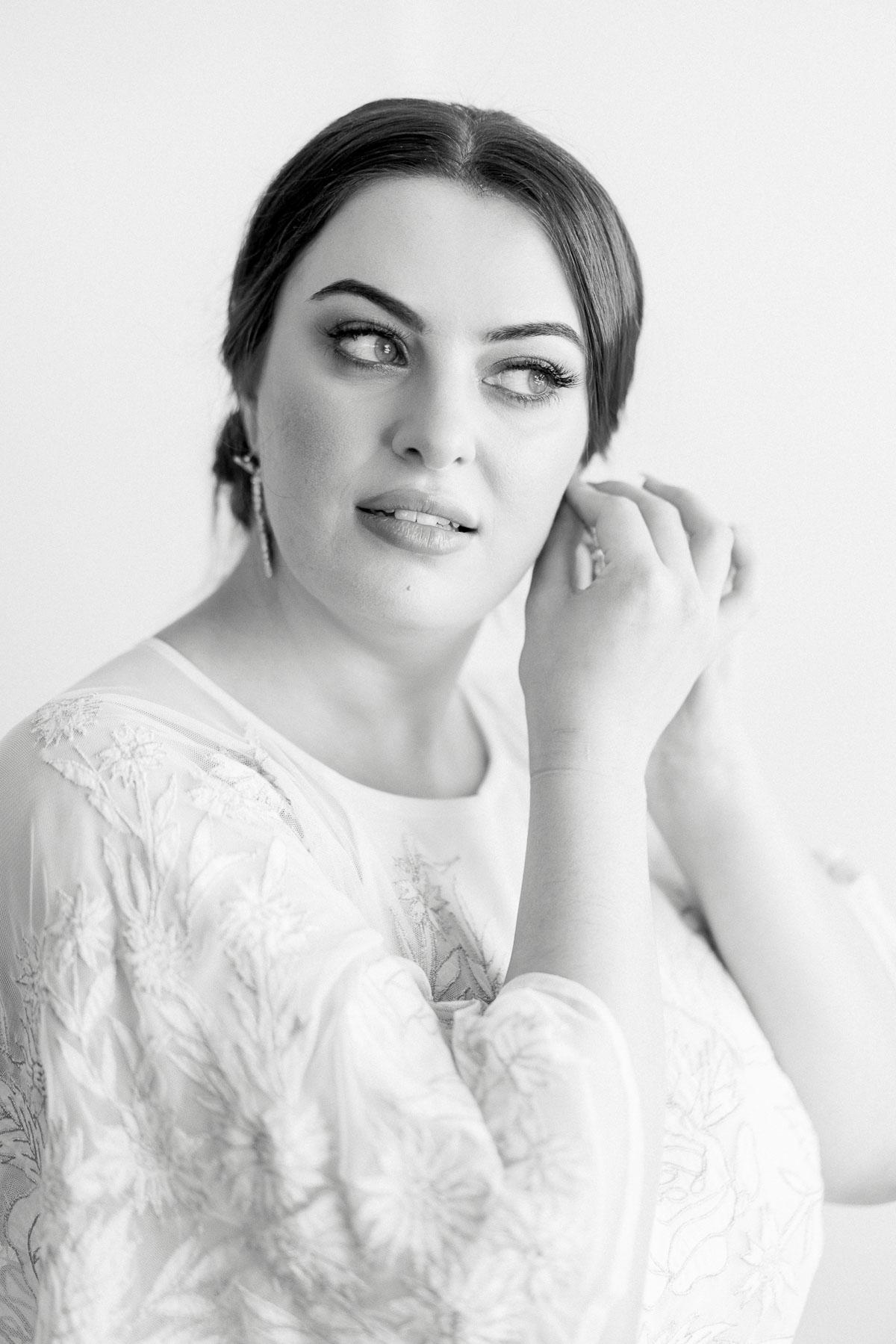 little-henri-cafe-wedding-thornbury-heart+soul-weddings-jane-aaron-05090.jpg
