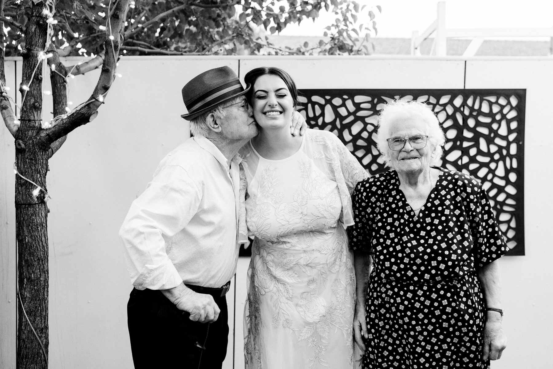 little-henri-cafe-wedding-thornbury-heart+soul-weddings-jane-aaron-05932.jpg