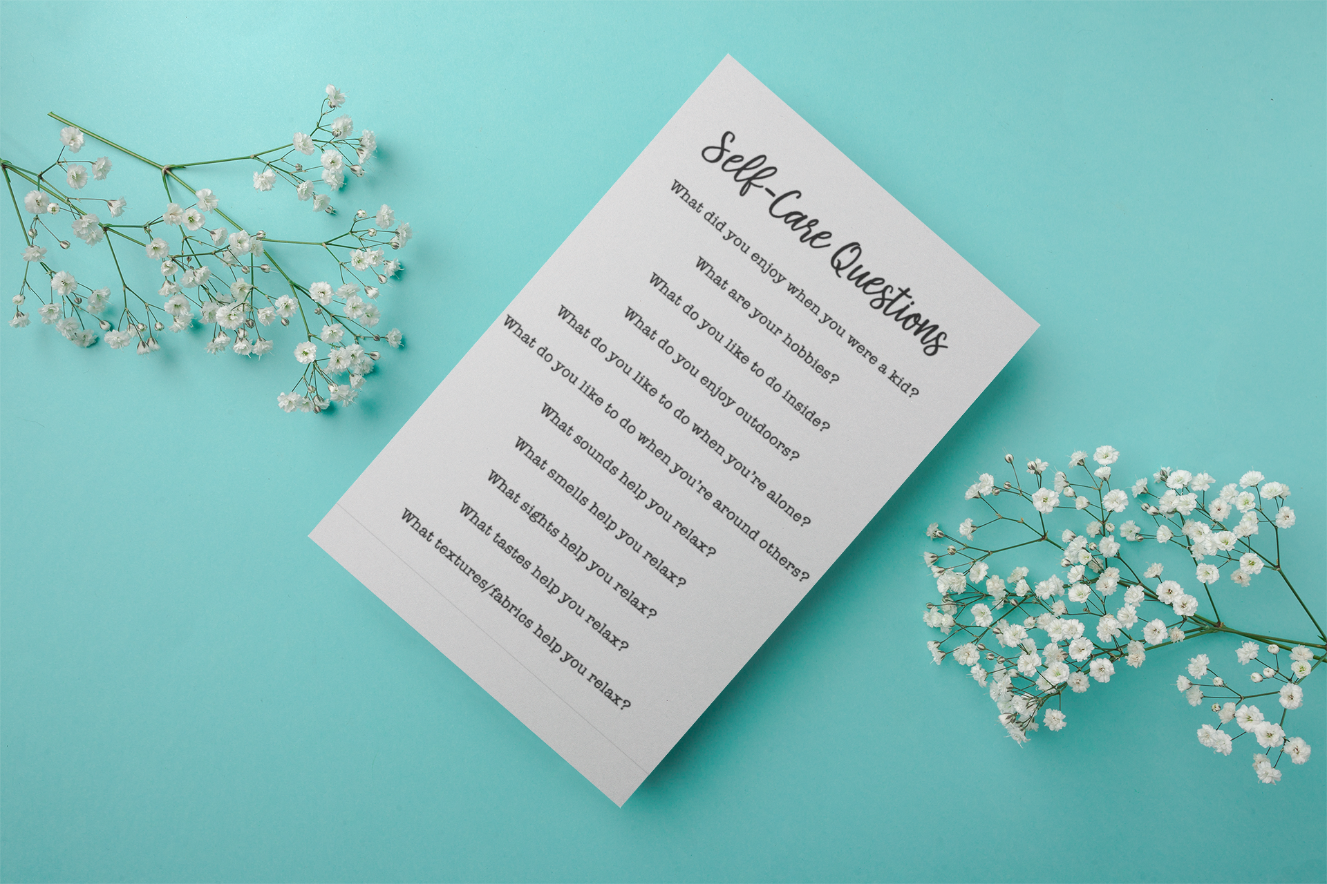 flyer-mockup-with-flowers-21957.png