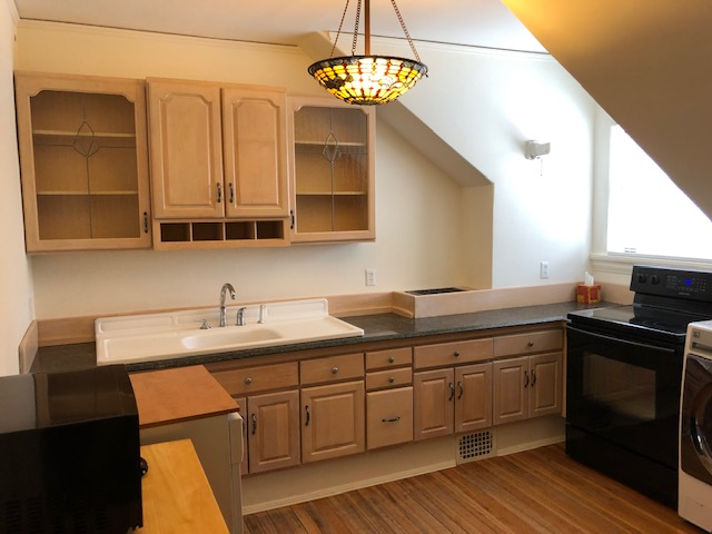 306NCayuga_Apartment4_IMG4.jpg