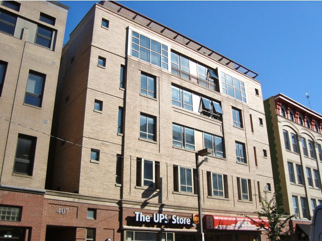 407 College Ave Apartments.jpg