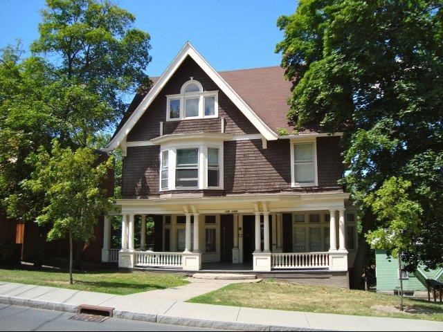Lake Street Apartments -