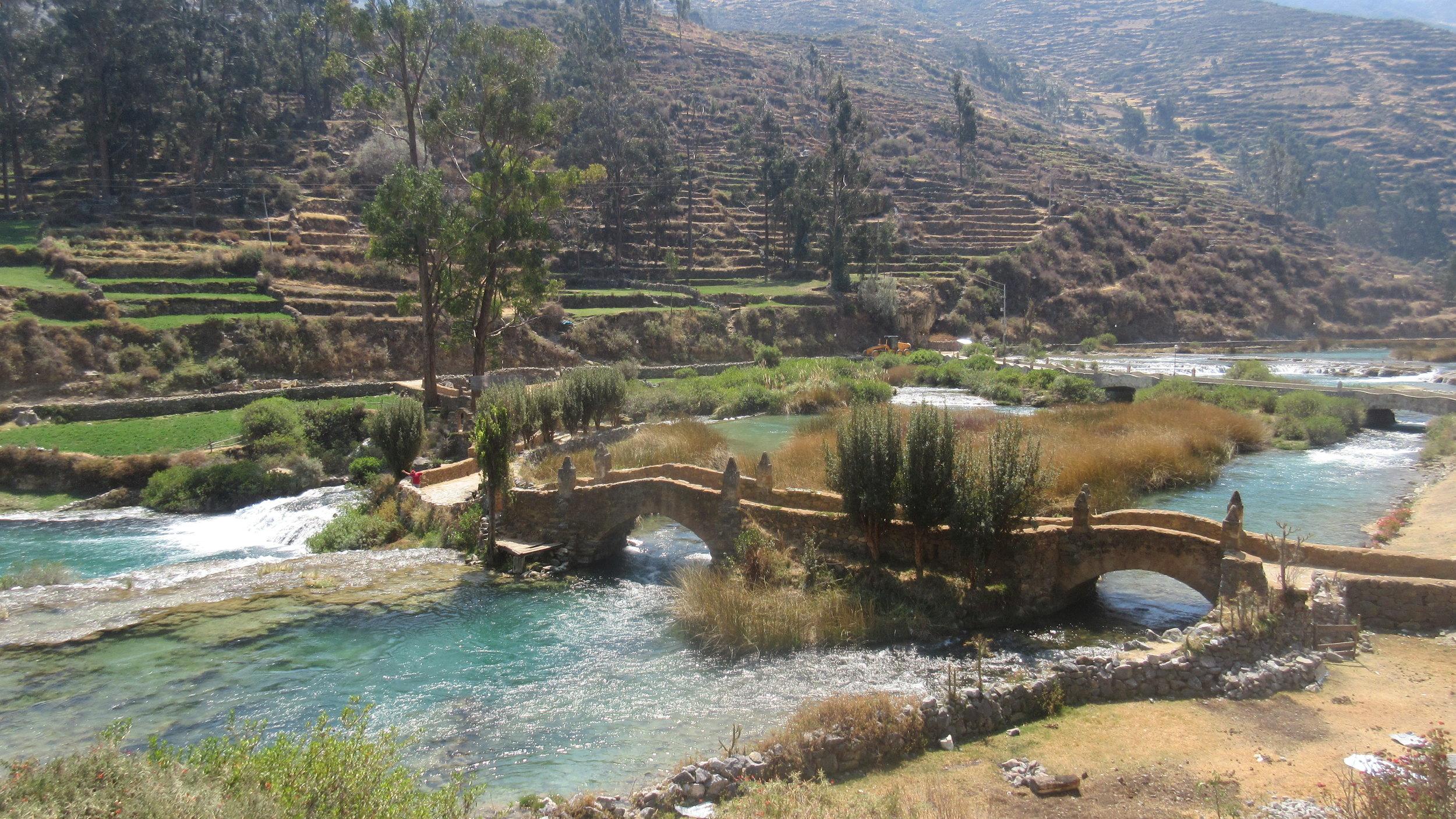 Puente_en_Vilca_-_Perú.jpg