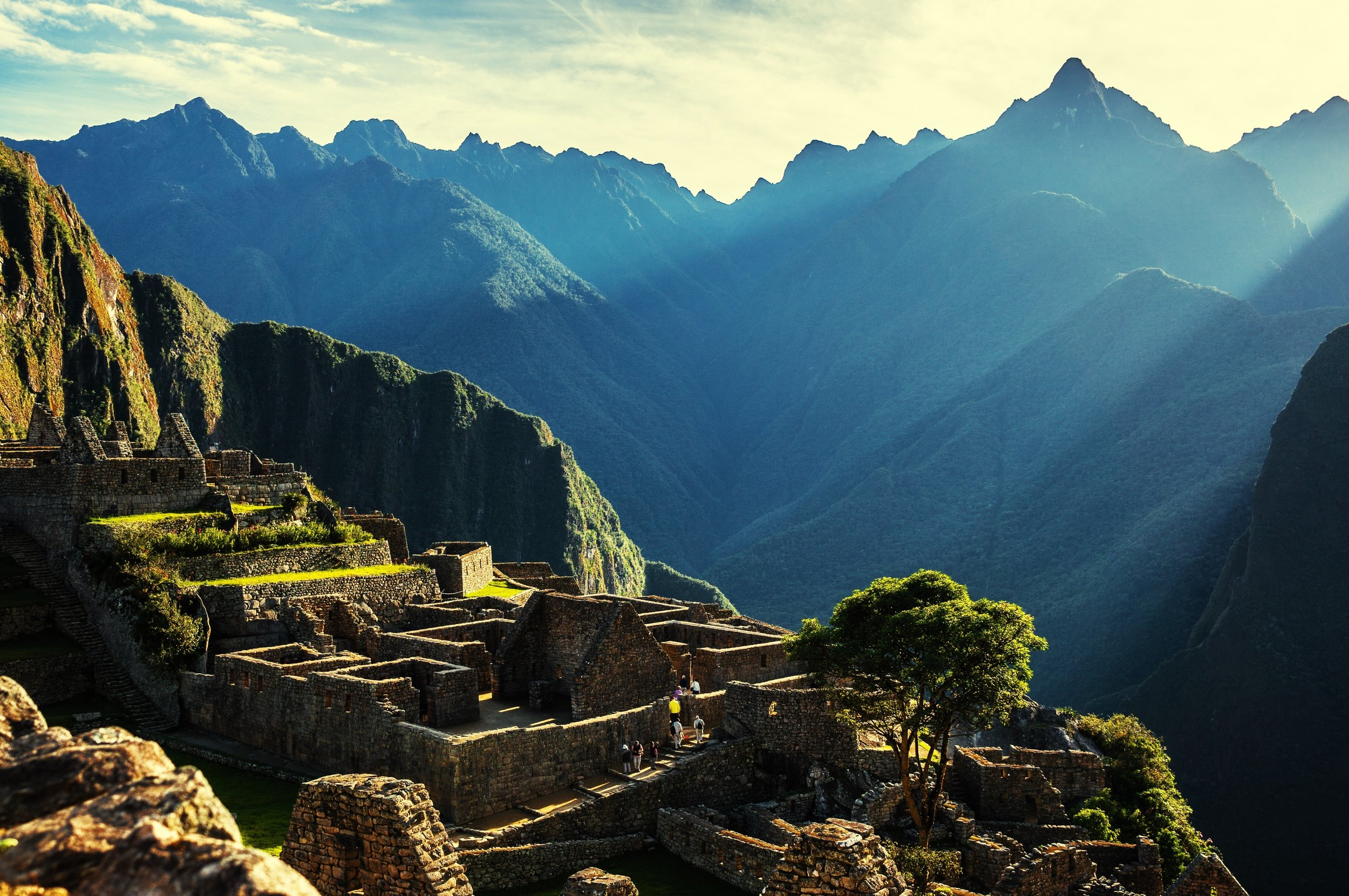 Sacred Valley - Between Cusco and Machu Picchu lies the mysterious sacred valley of the Incas.Get to know the ancient Inca sites of Pisac, Urubamba,Maras, Moray Ollantaytambo and Chinchero in our one day mystical tour.