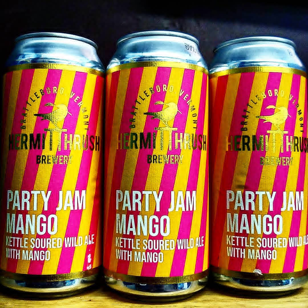 Party Jam Strawberry Can in nature
