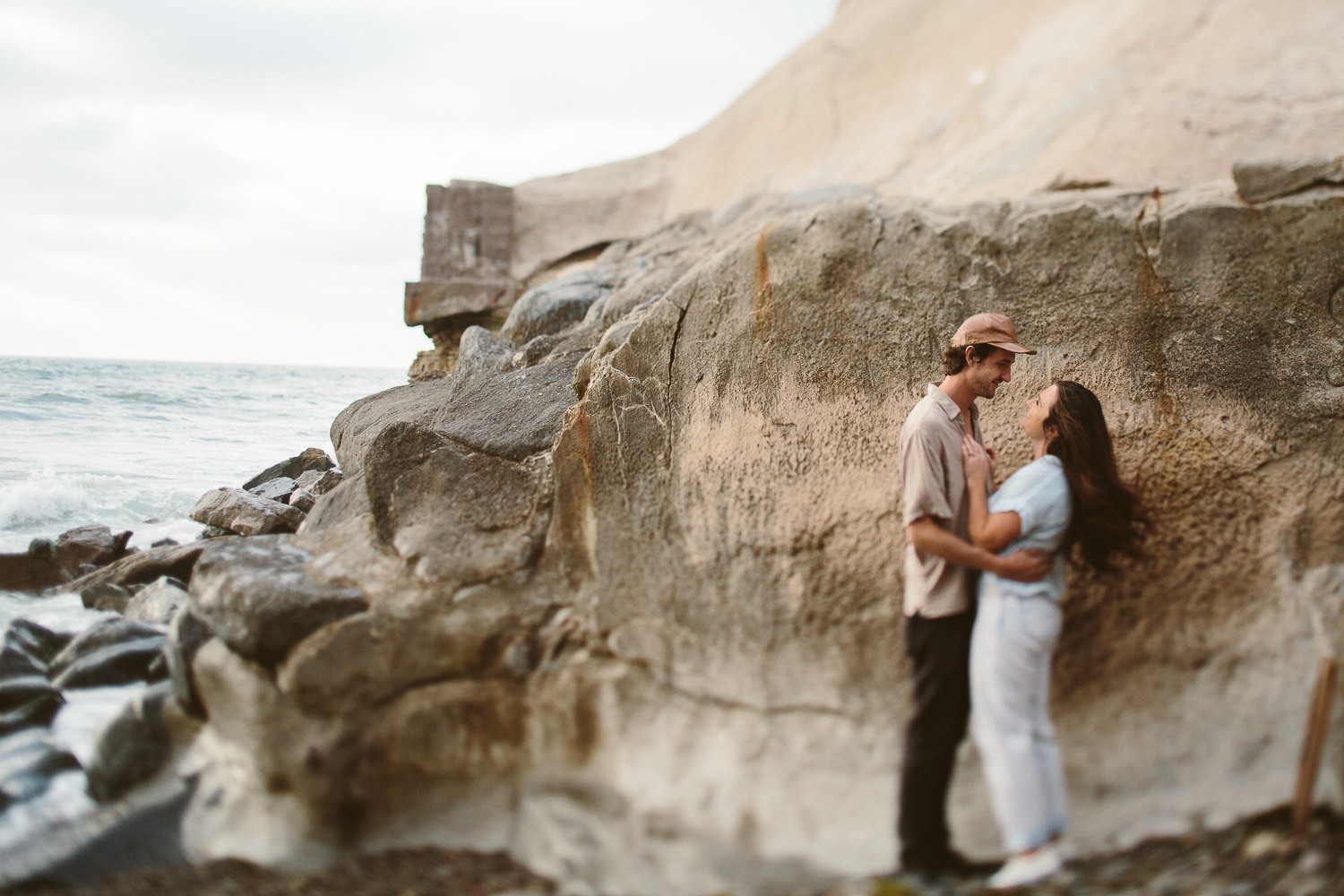 ocean-beach-engagement-session-10.jpg