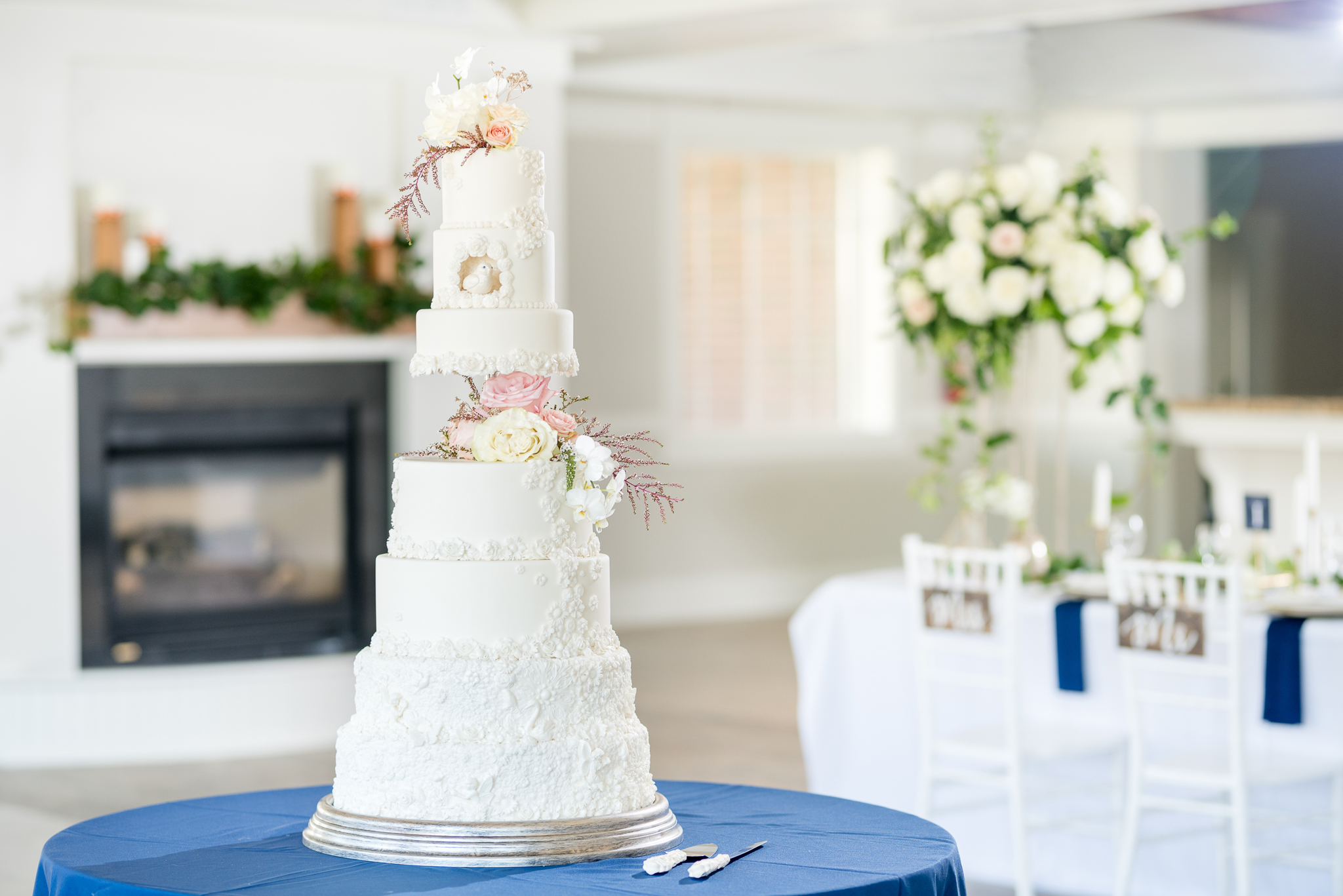 Talia Event Center _ Navy and Gold Wedding _ Jessie and Dallin Photography_18.jpg