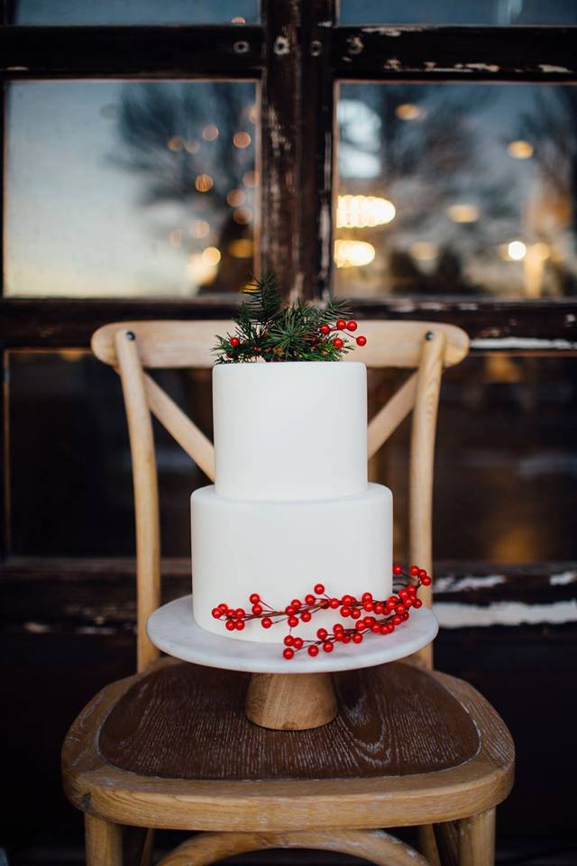 Christmas Wedding Cake | Utah Wedding Cakes
