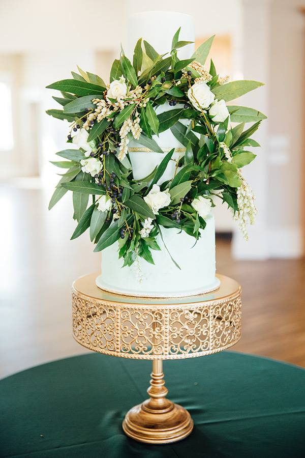 Emerald greenery cake | Utah wedding cakes