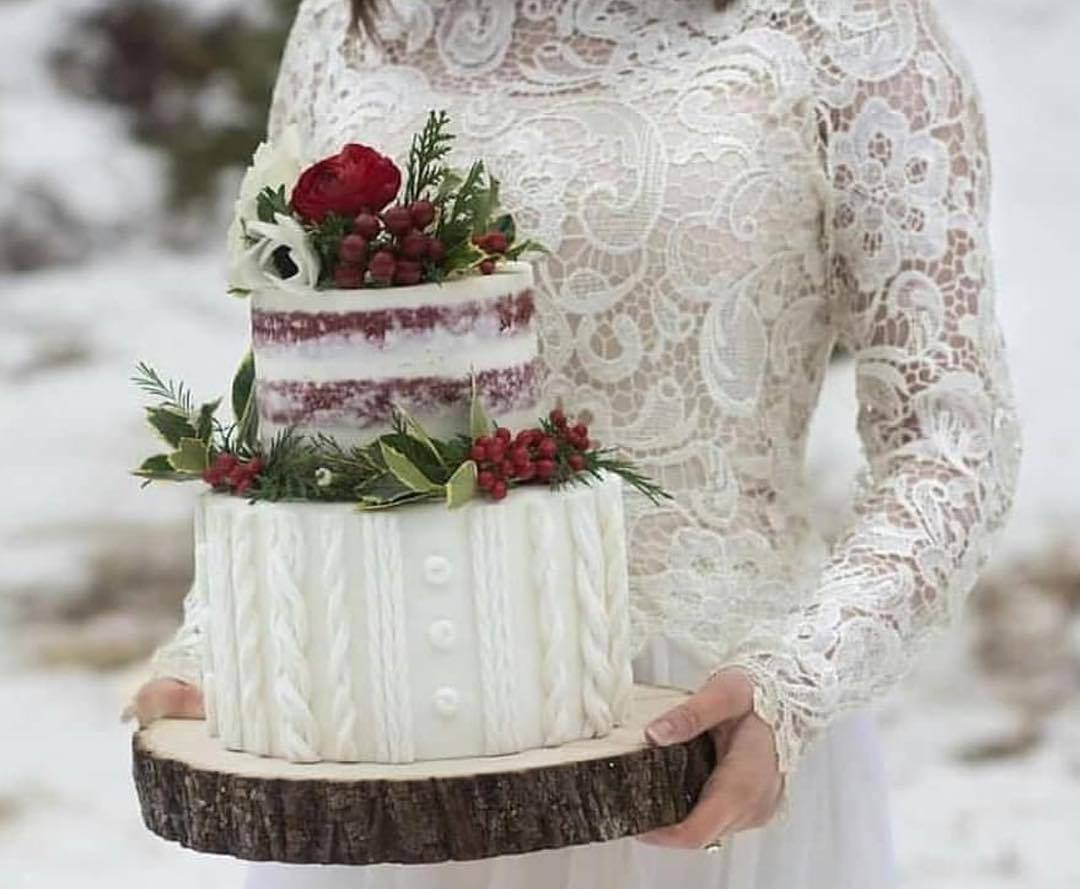 Winter sweater wedding cake | Utah Wedding cakes