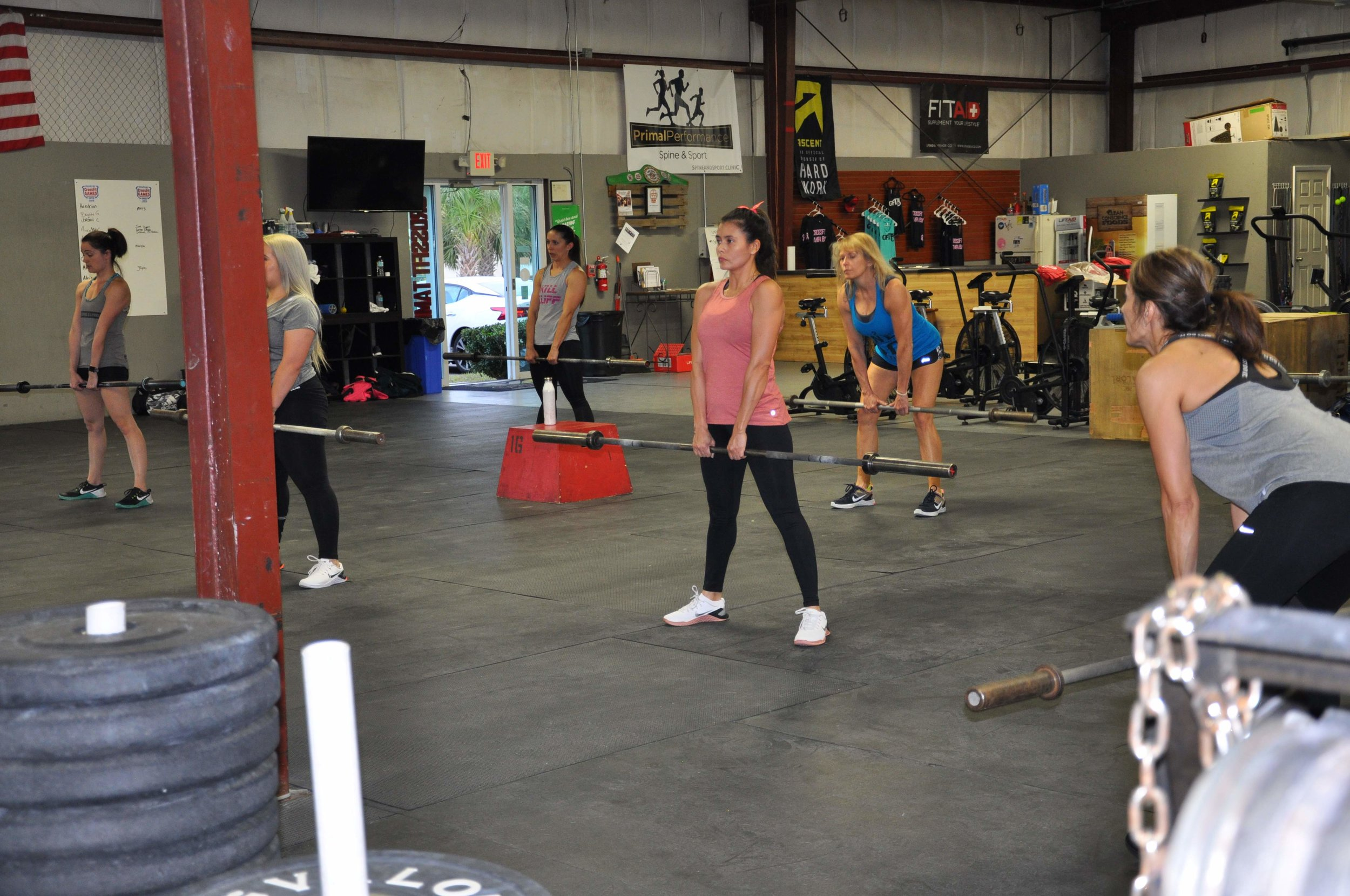 HOME TO ATHLETES & BEGINNERS. - Crossfit pro, or just getting started. You'll fit right in.