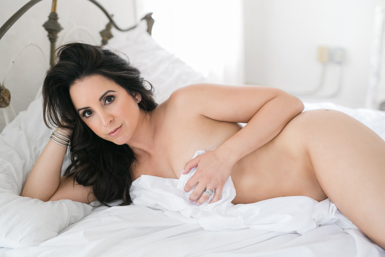 austin-boudoir-atx-beauty-sexy-intimate-photography-kbb-26.jpg
