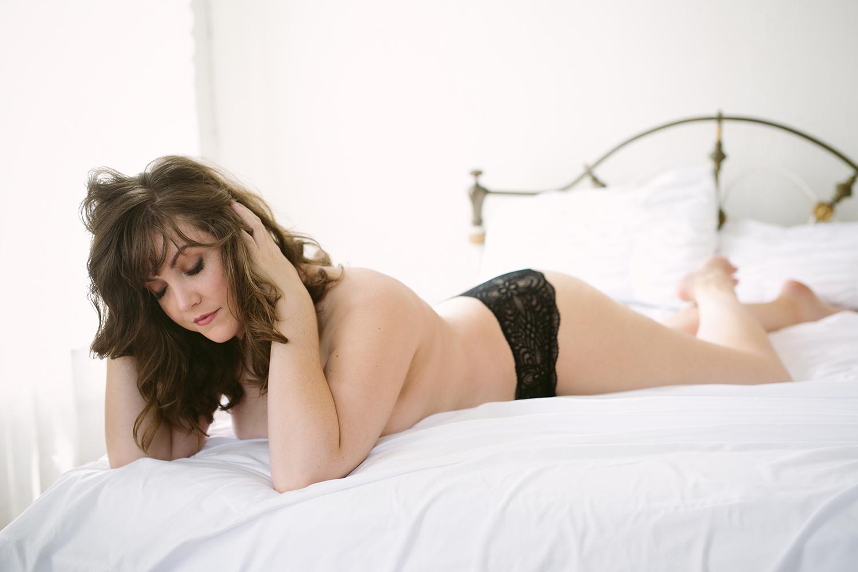austin-texas-classy-boudoir-photography-KBB53.jpg