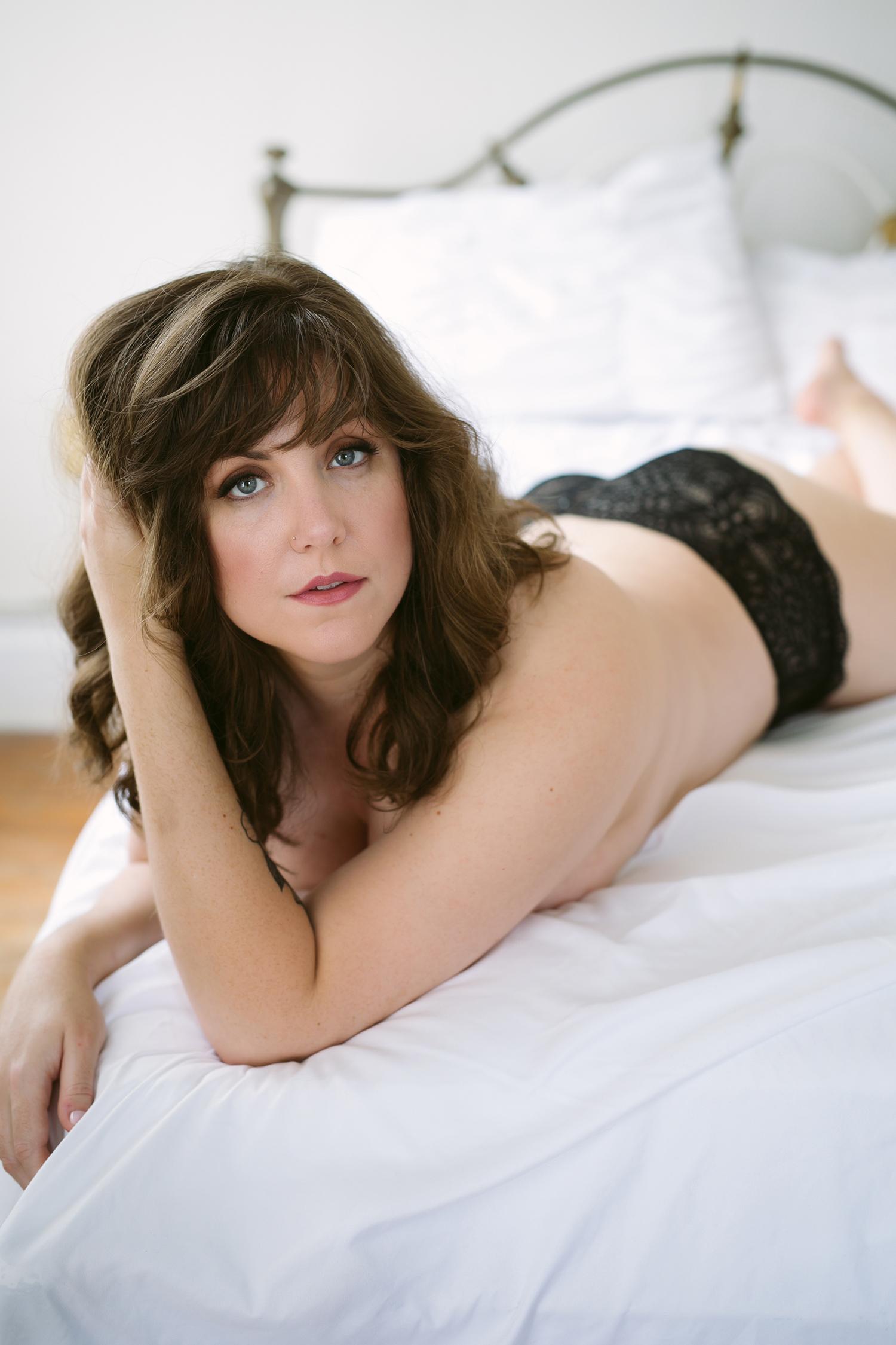 austin-texas-classy-boudoir-photography-KBB52.jpg