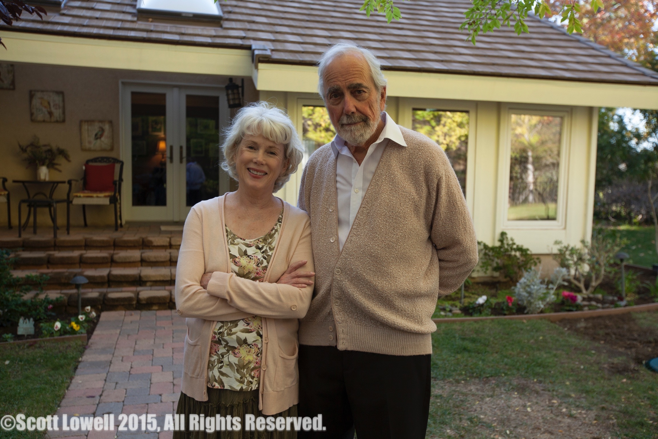 """11/11/15 Arriving at Sarah & Mel's Home Scene. L to R: Julia Duffy (""""Sarah"""", Jerry Lacey (""""Mel"""")"""