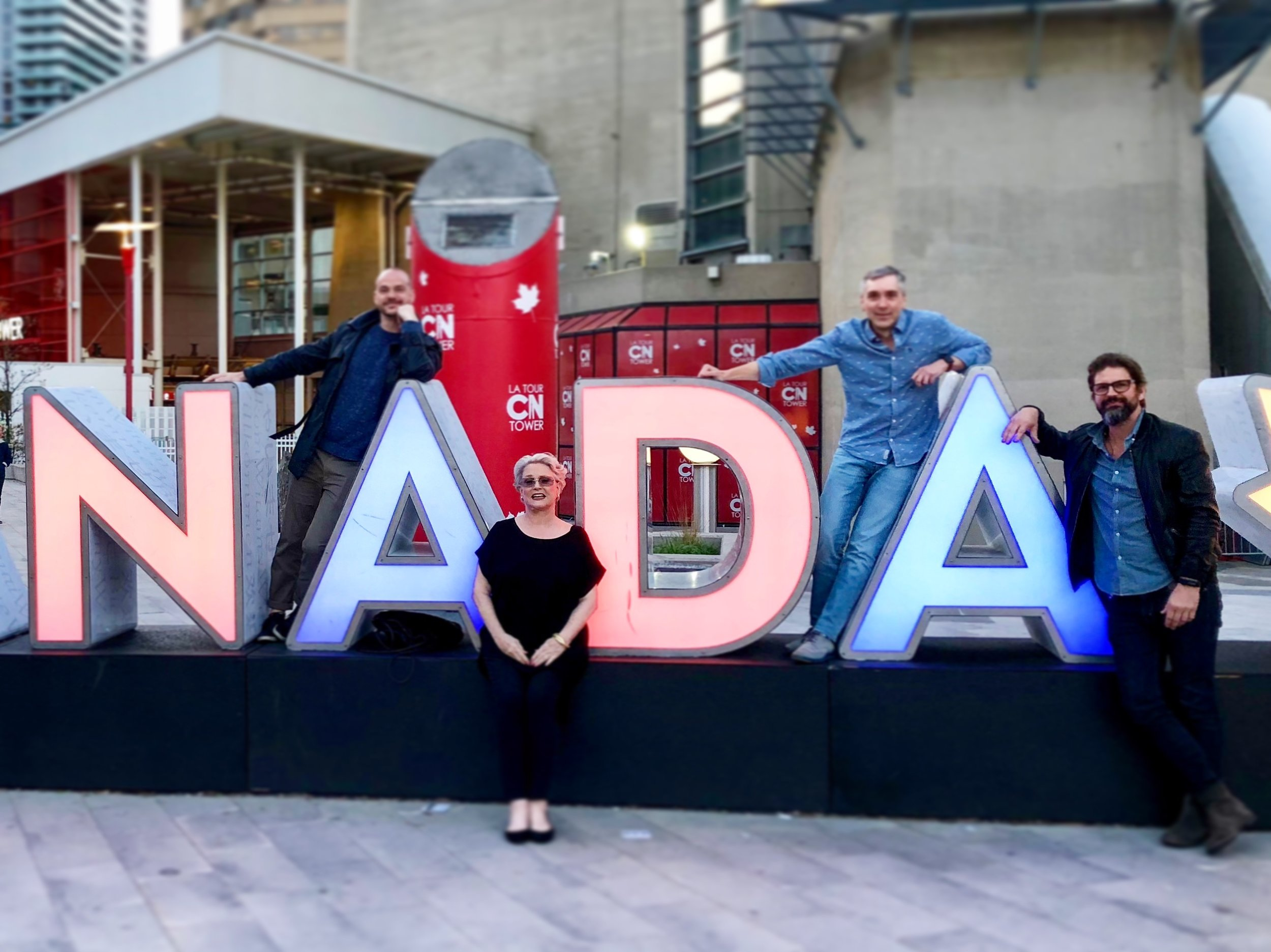 Toronto for LGBT Travel Agent Convention (l - r) Peter Paige, Sharon Gless, Scott, Gale Harold