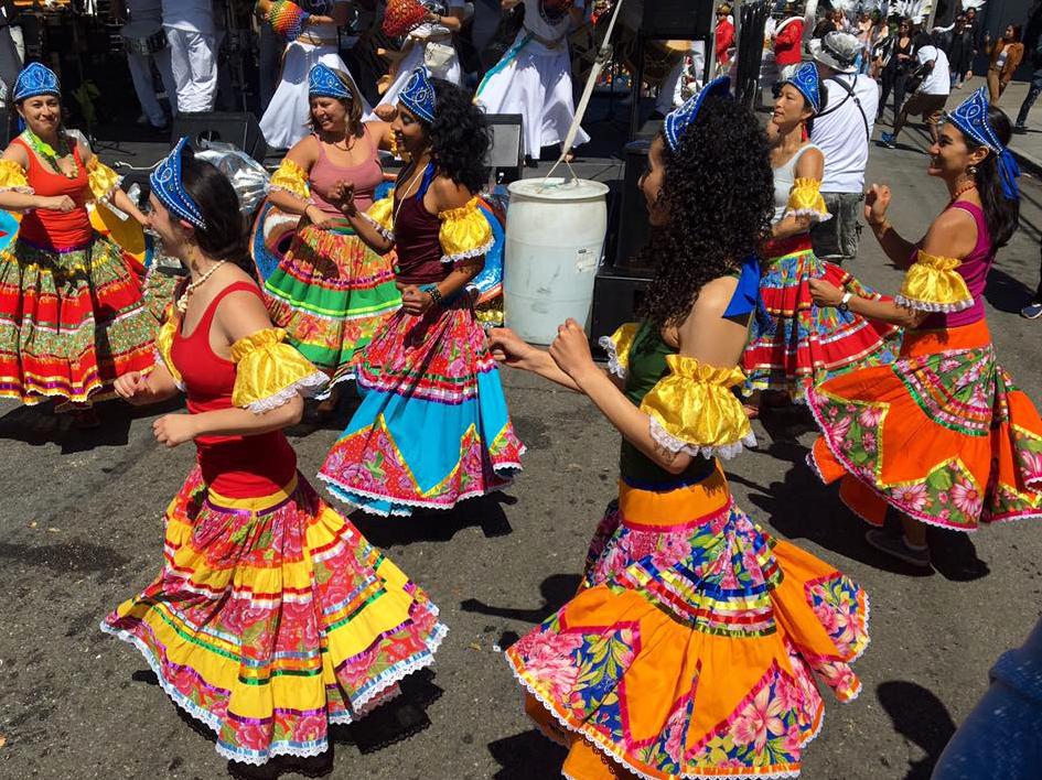 Carnaval 2017-dancers.jpg