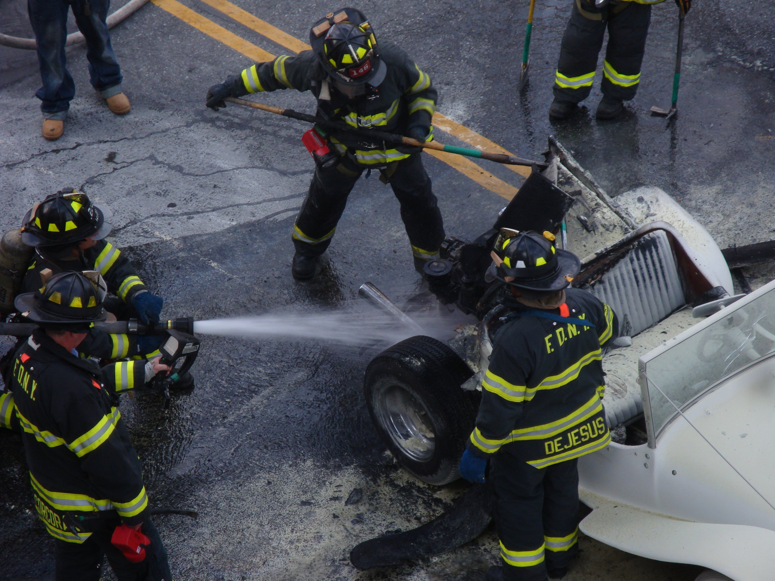 KINGSLAND CAR FIRE (2011)