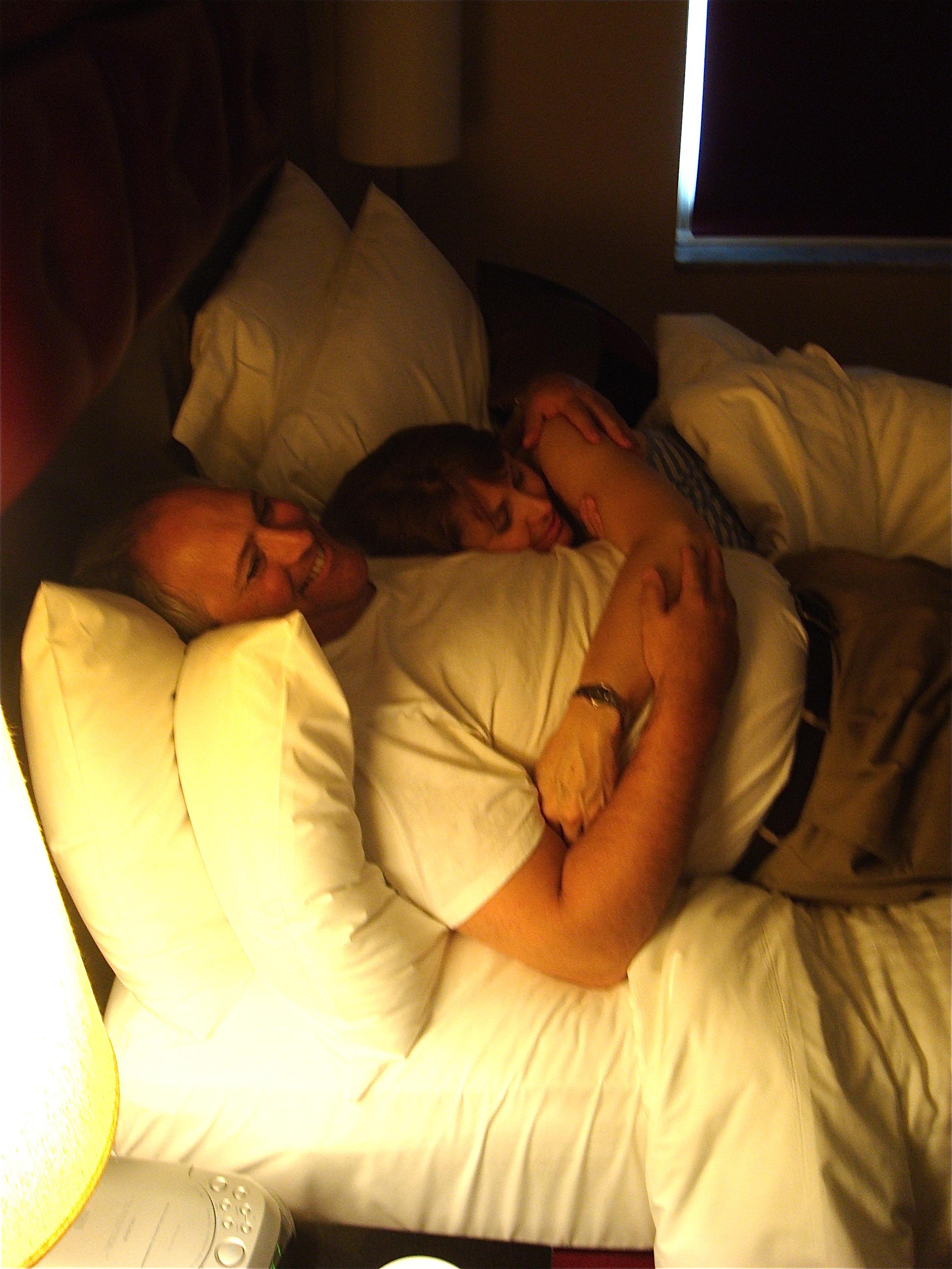 MOM & DAD (2011)