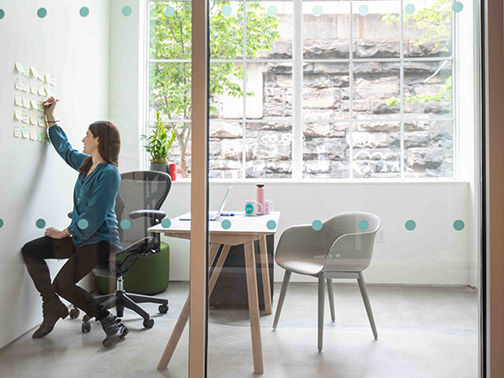 Private offices & small rooms - Offices for anyone who needs a private space to get work done. Smaller spaces for private networking and conversations.