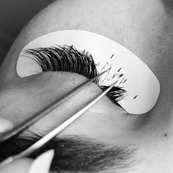natural-looking-eyelash-extensions2.jpg