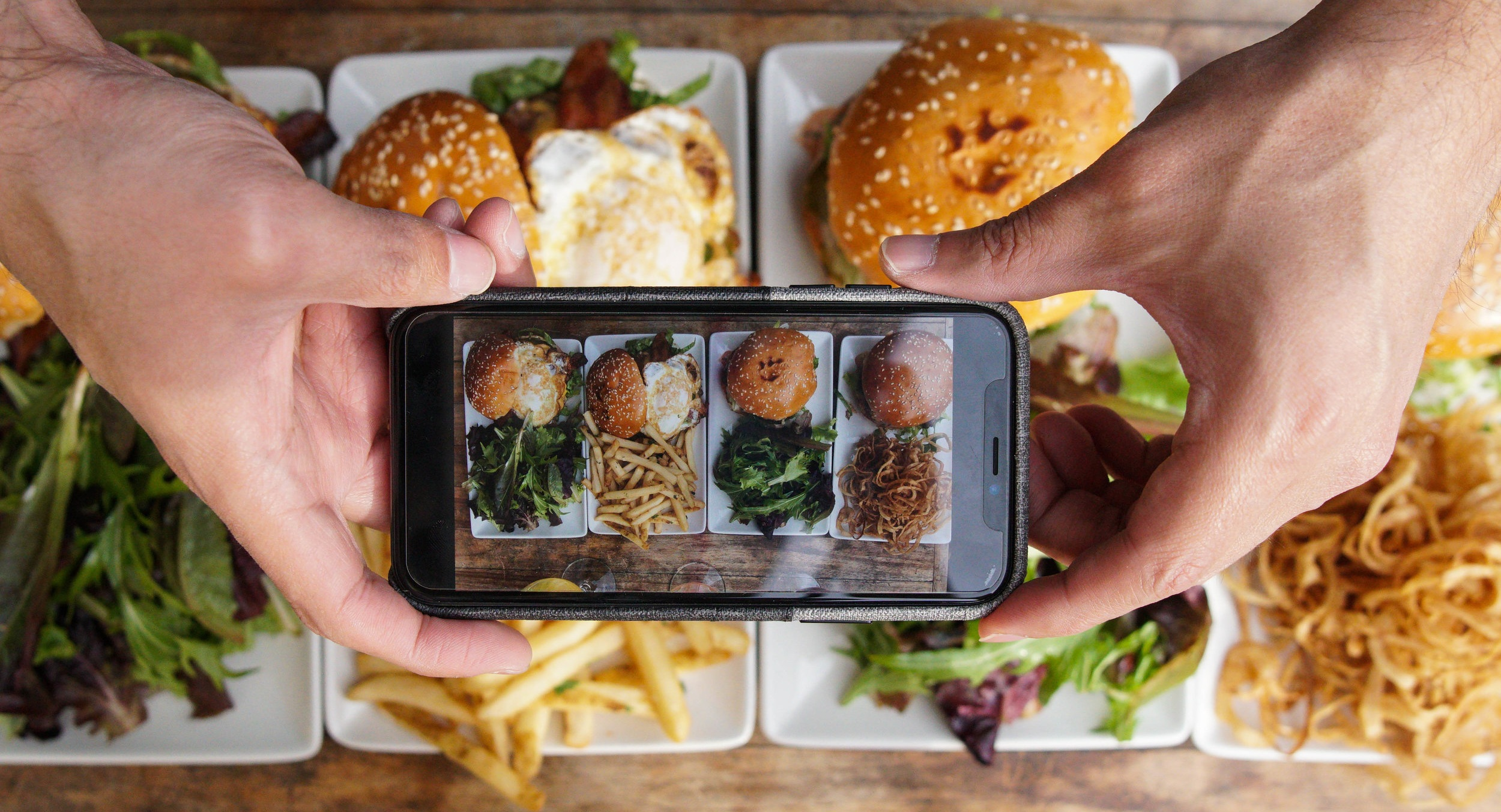 Causwells+burger+contest.jpg