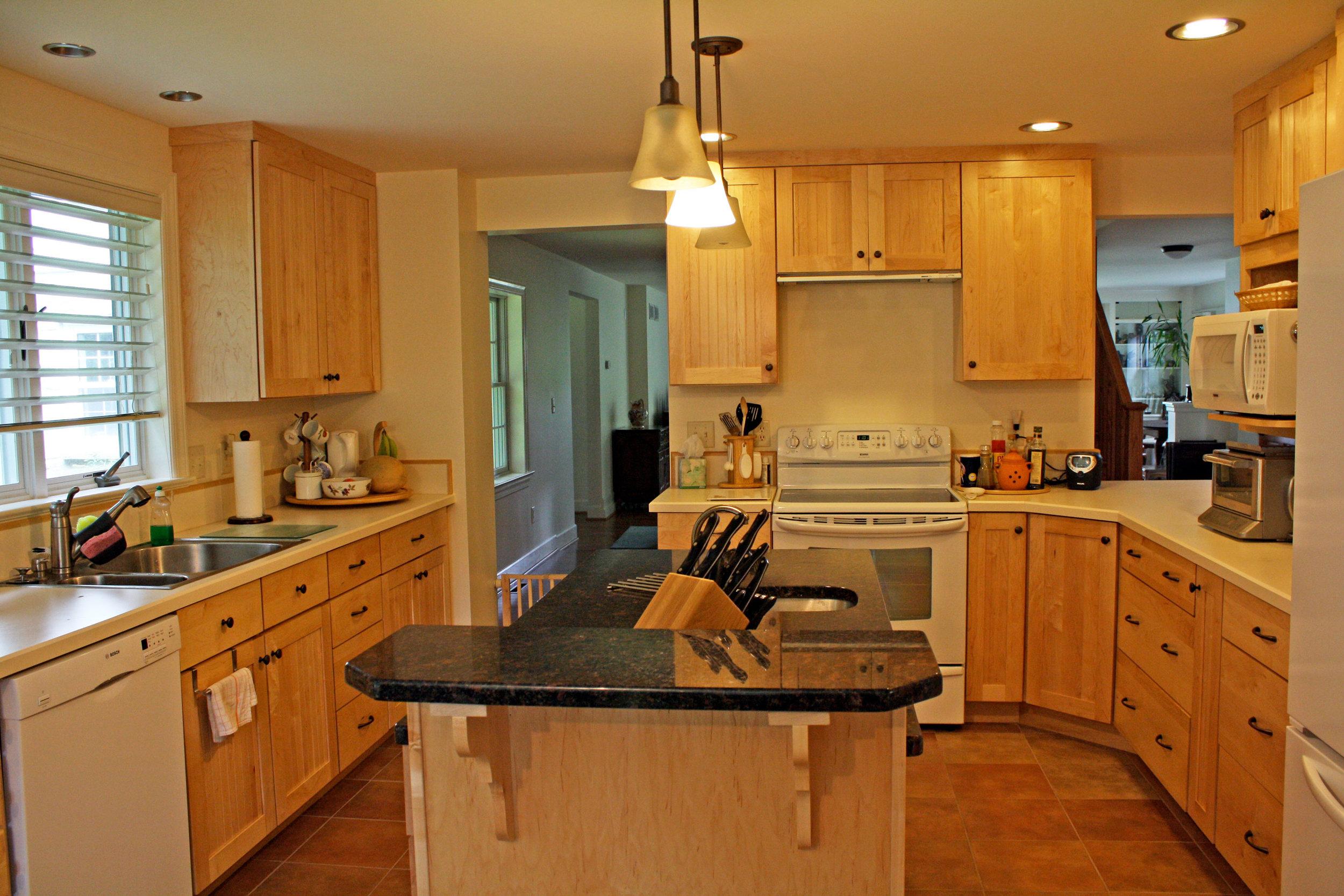 kitchen-maple-cabinets.jpg