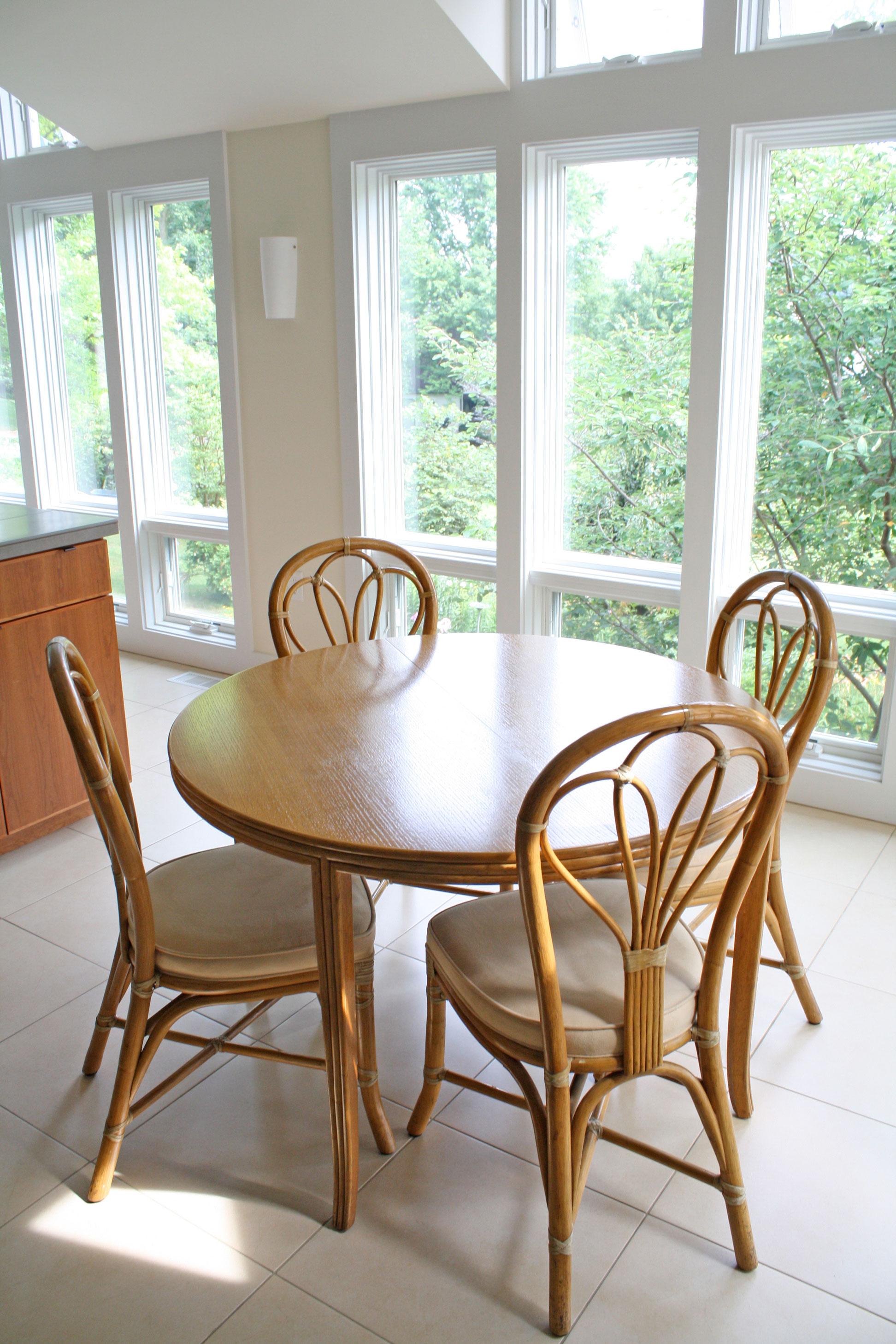 dining-area-large-windows.jpg