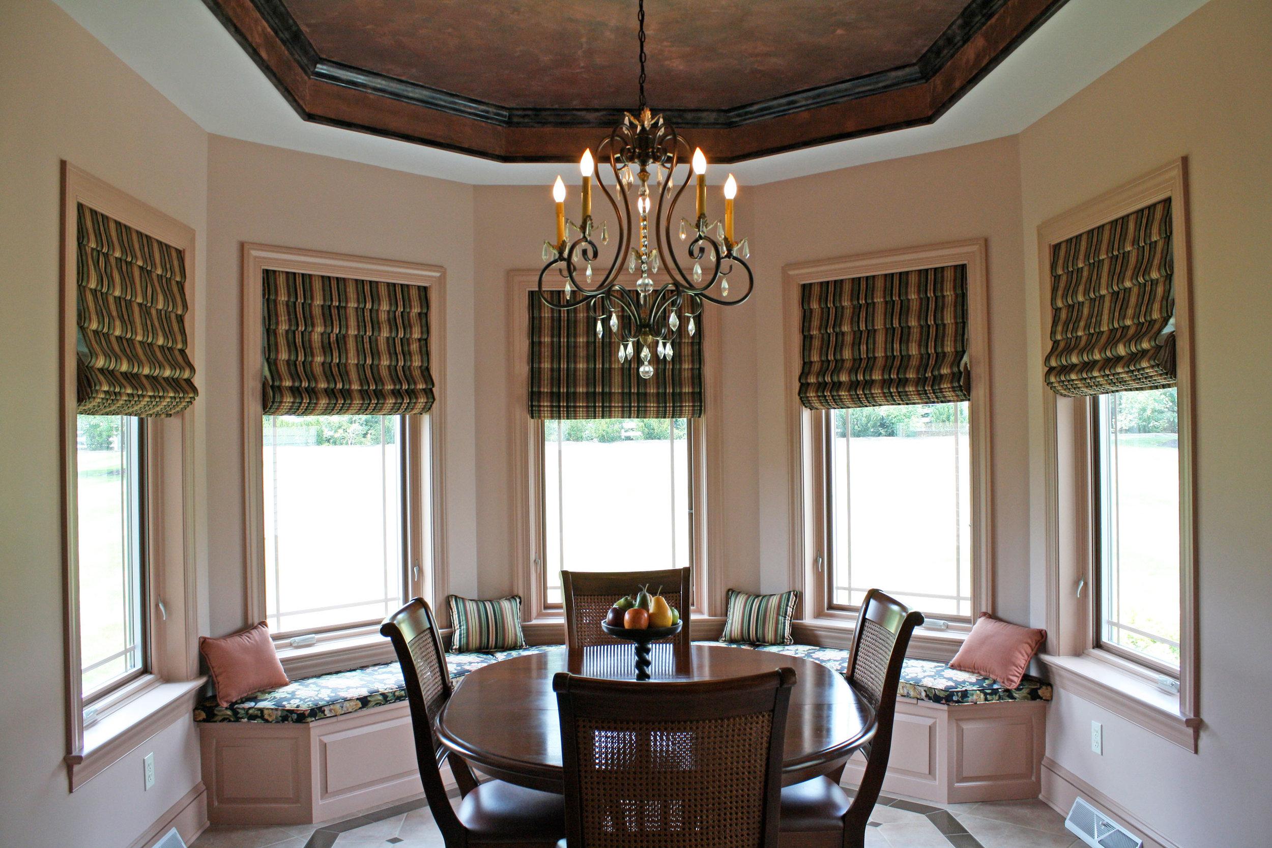 dining-room-bay-window-full-fiew.jpg