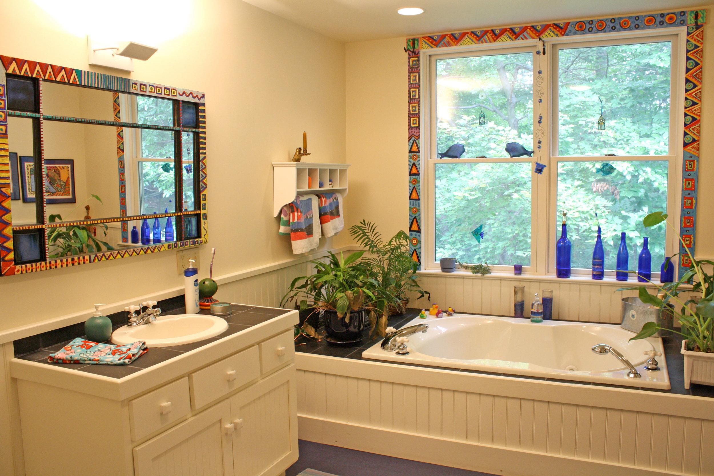 bathroom-colorful-mirror-2.jpg