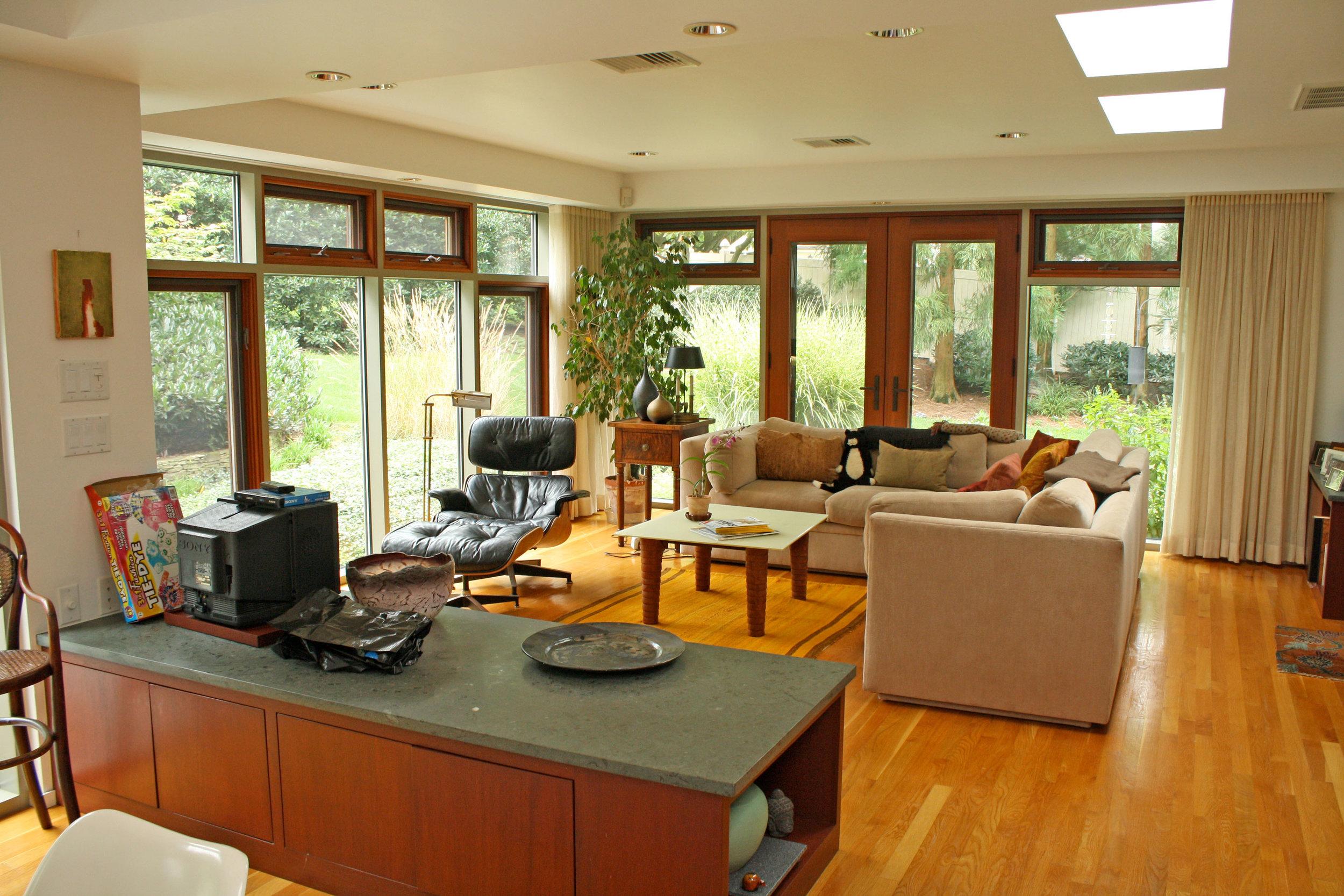 craftsmen-living-room.jpg