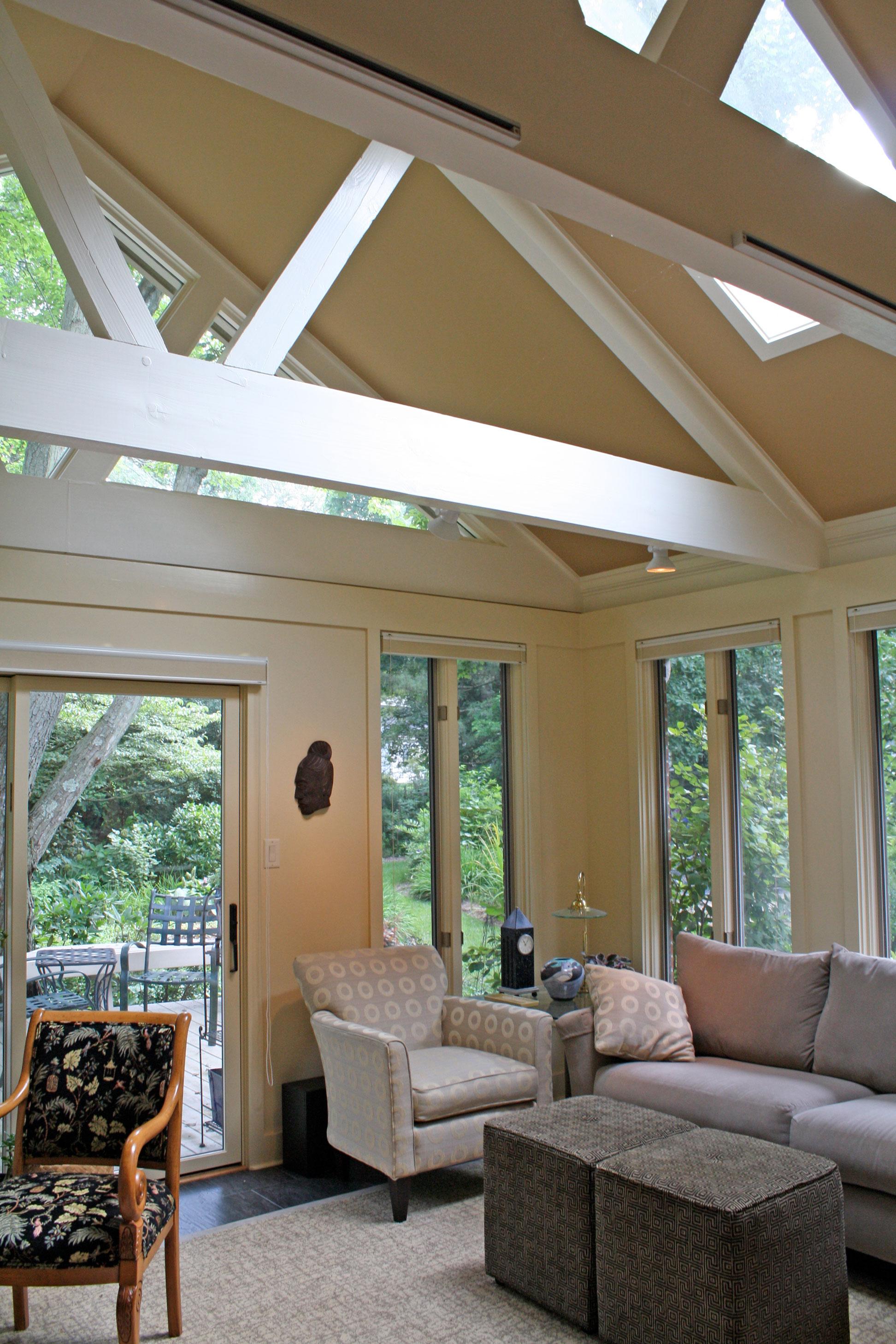 contemporary-living-room-windows.jpg