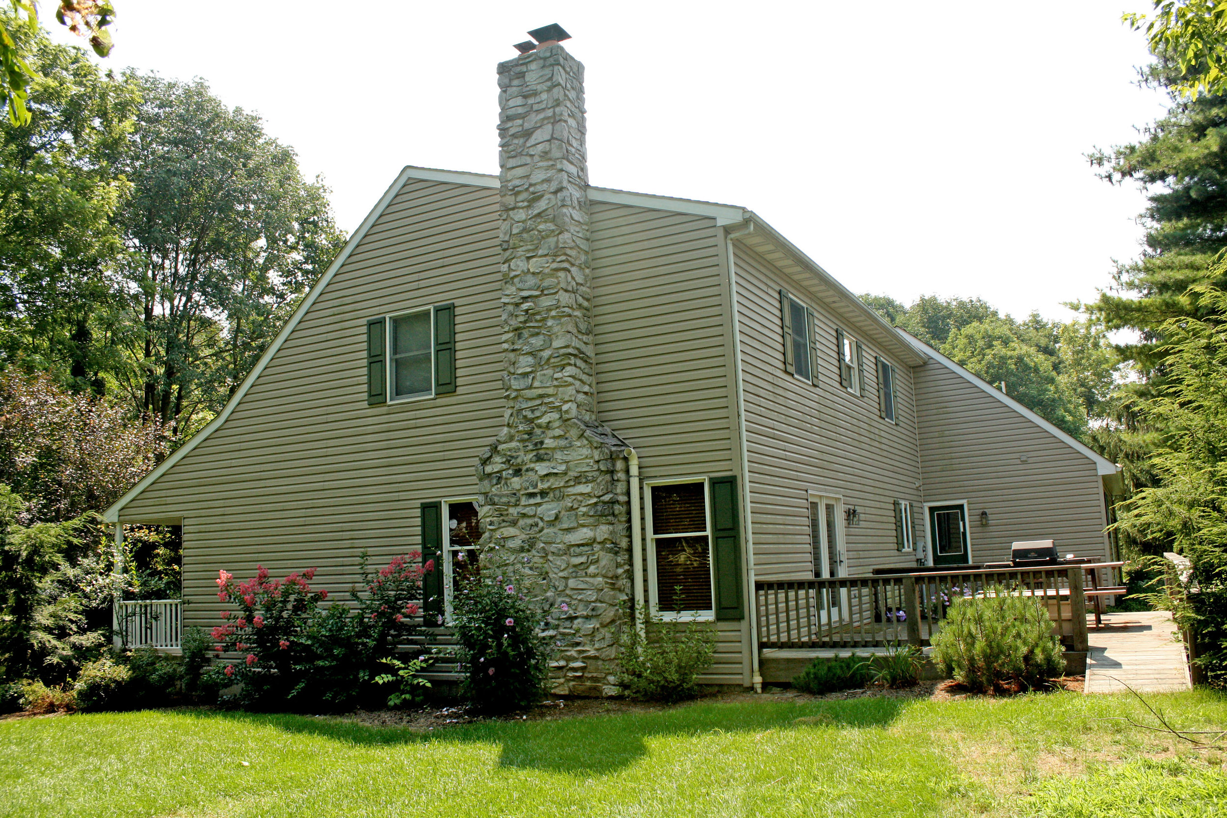 new-home-exterior-rear-view.jpg