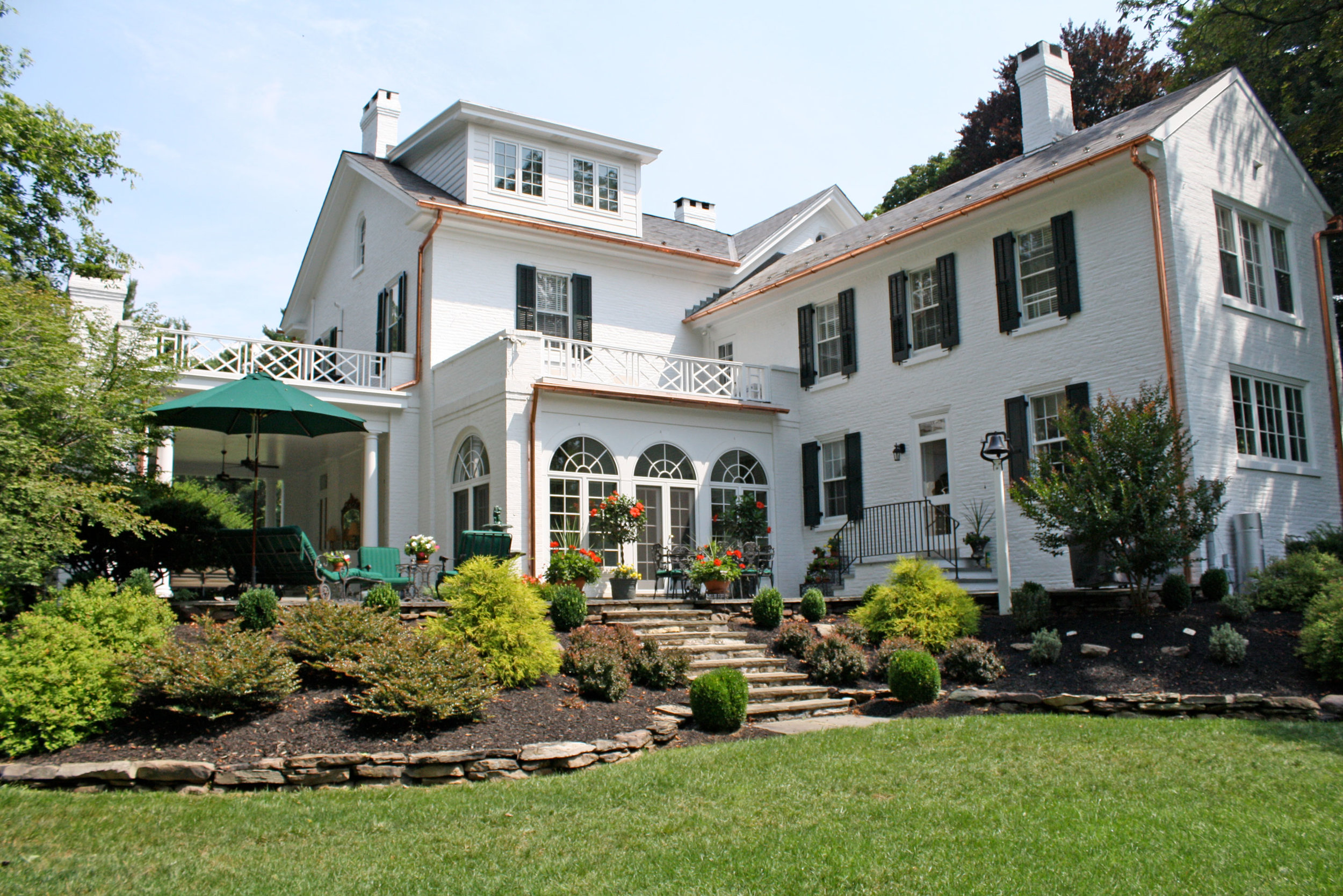 white-home-exterior-rear.jpg
