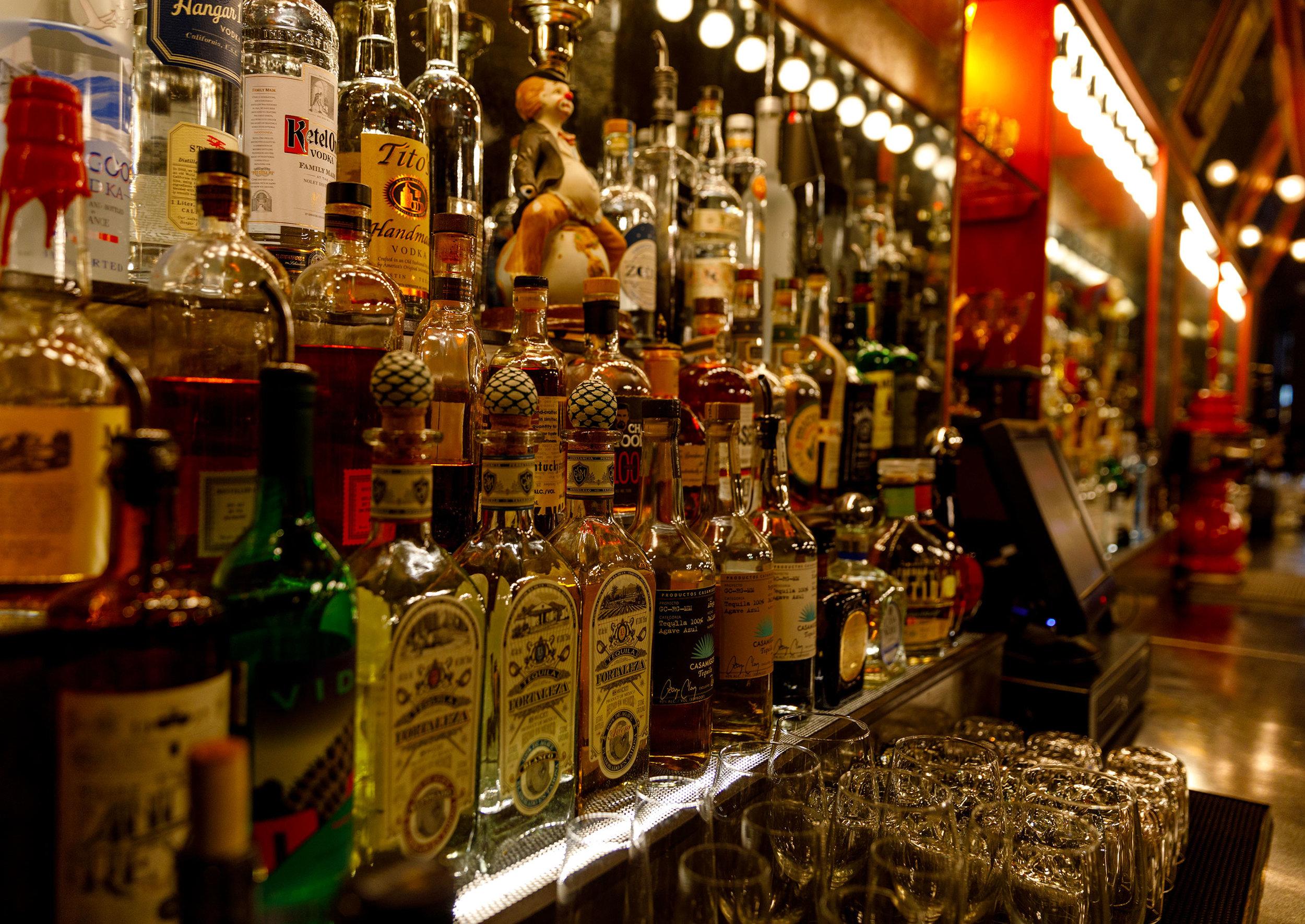 Topsy's Bar Close-Up