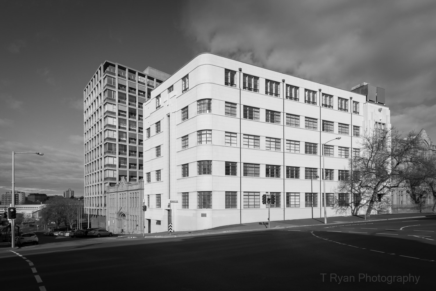 A landmark block of 20th Century Modernism - Hobart, Tasmania