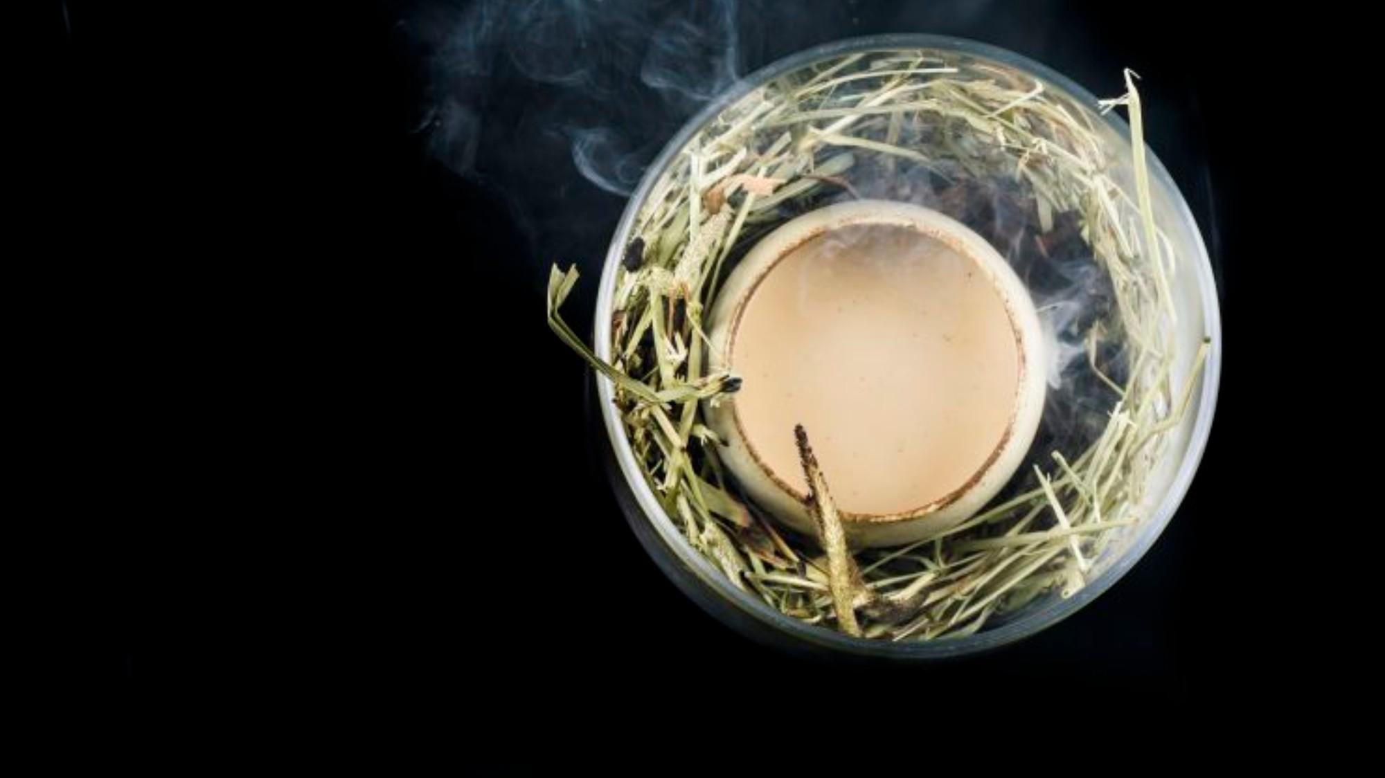 VICE: Singapore's Salted Egg Yolk Addiction -