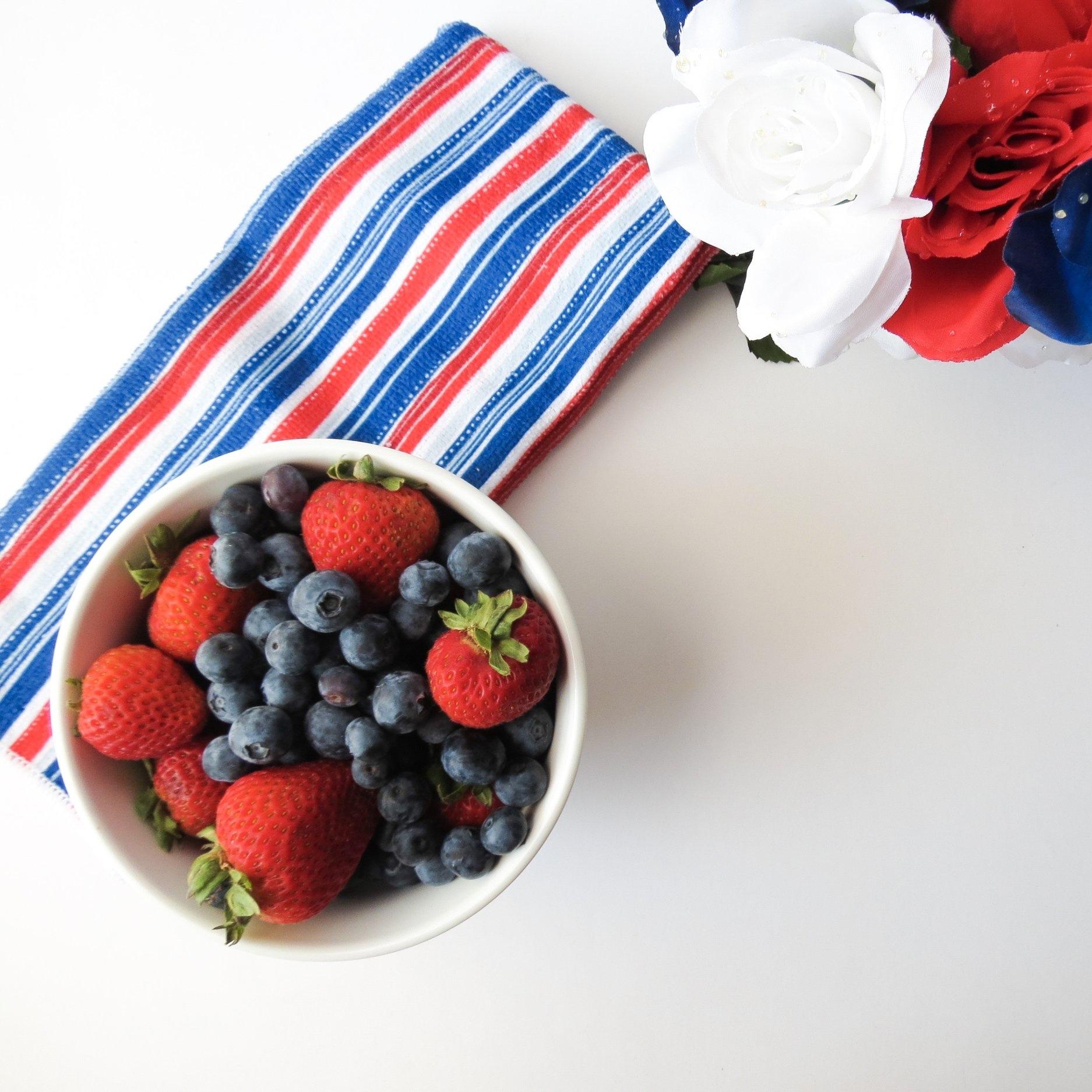 4th-of-july-berries-berry-459554.jpg