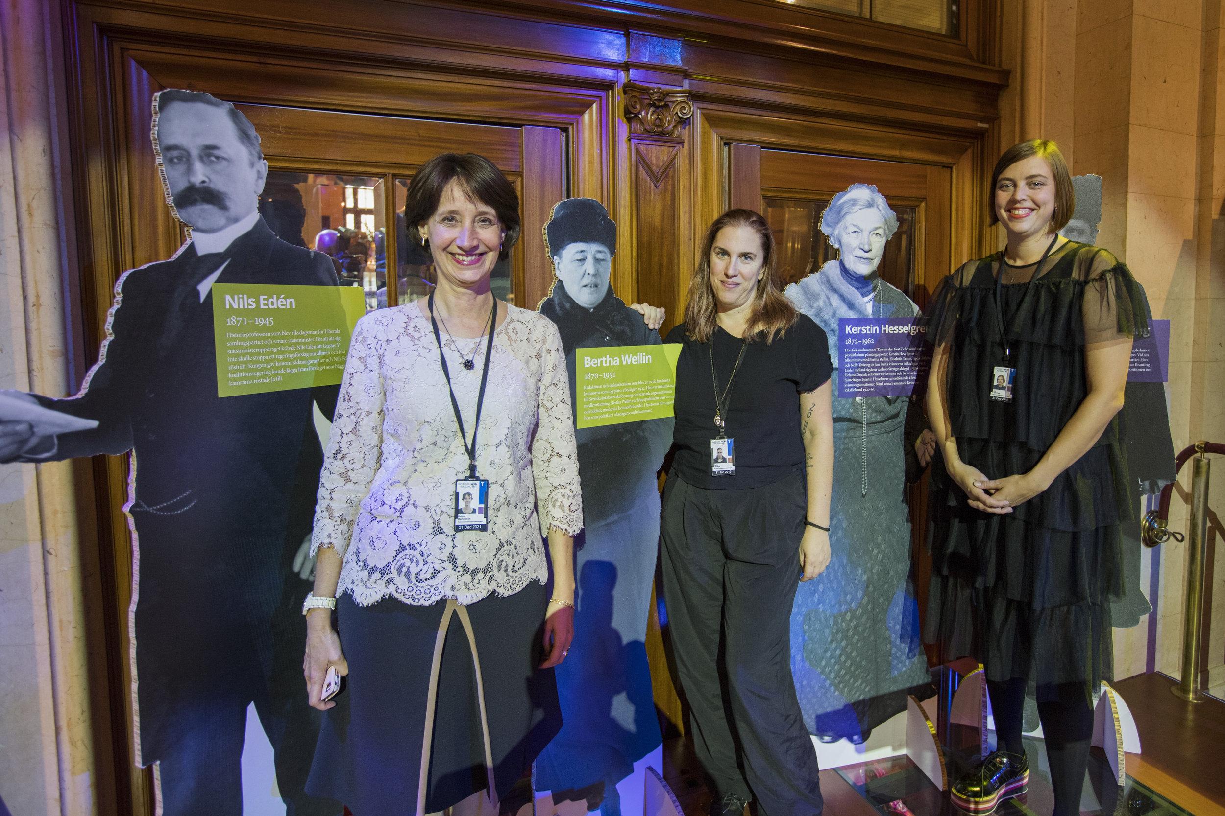 Helena Martinsson, Petra Jankov och Liza Carlefred. Foto: Melker Dahlstrand, Riksdagsförvaltningen