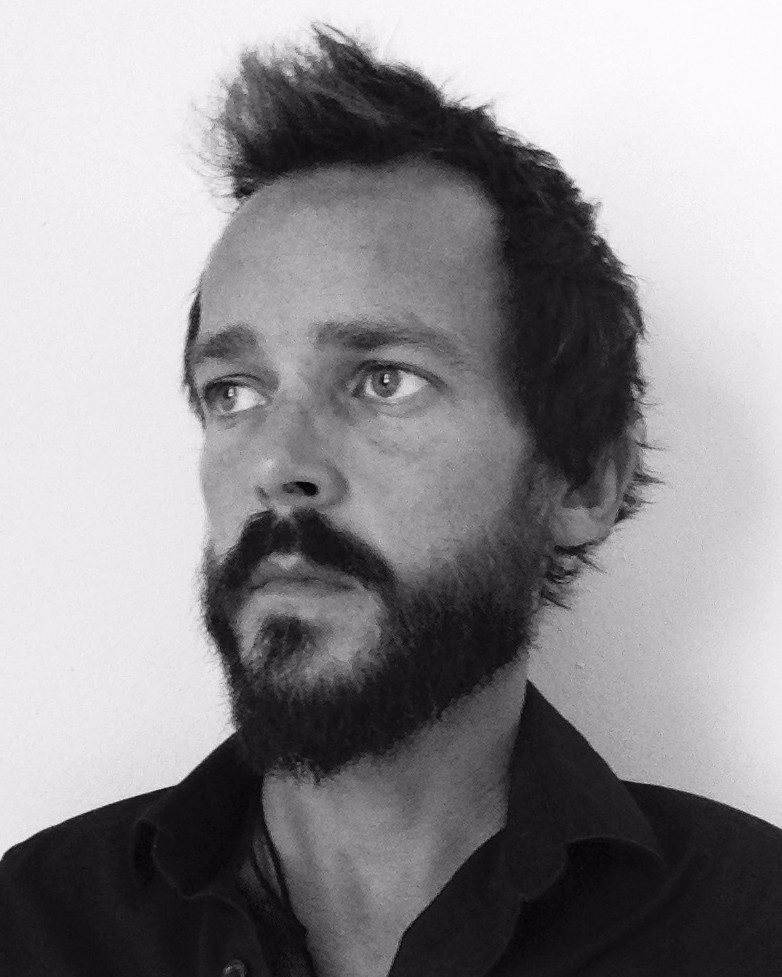 Daniel Manicolo - Real Estate WriterSuper Car DriverBarefoot WandererLoving Creator