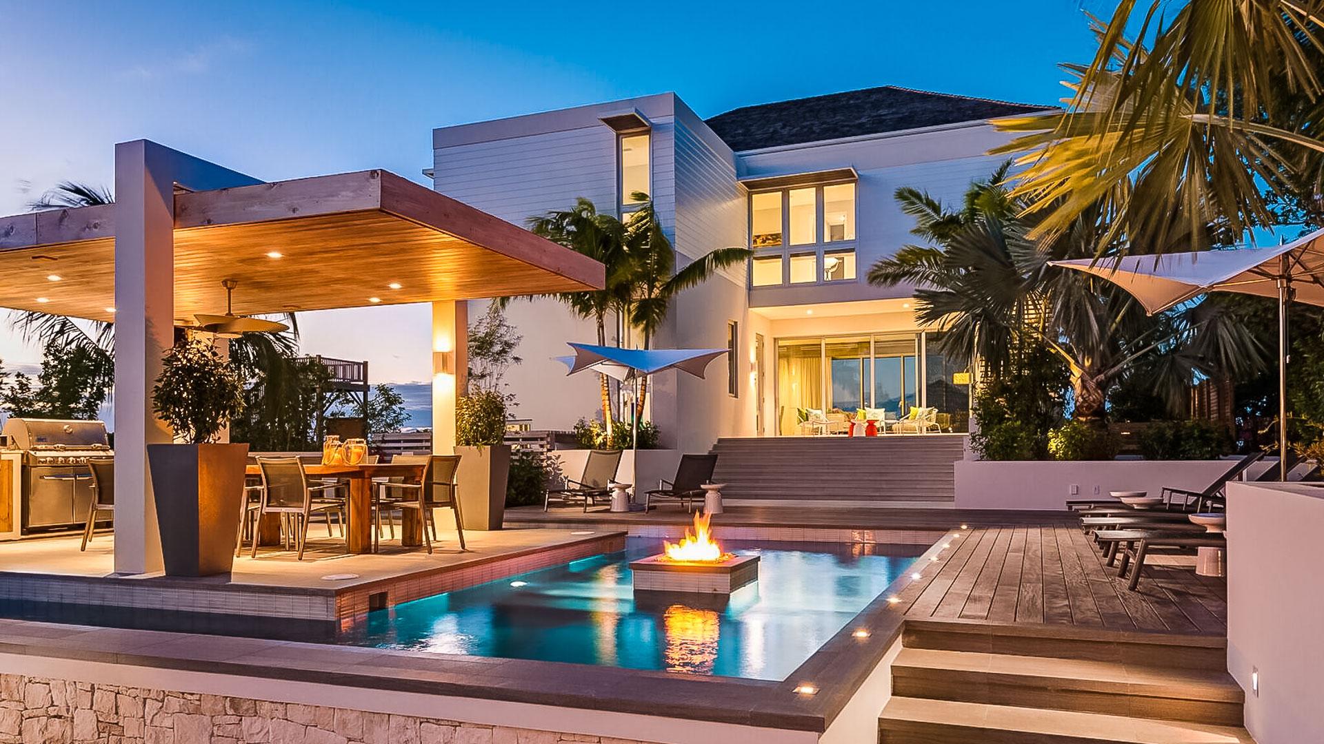 luxury-villa-in-turks-and-caicos.jpg
