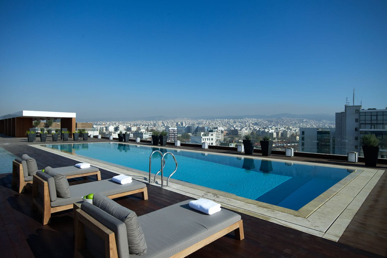 luxury-hotel-in-Greece.jpg