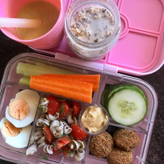 brekky smoothie, overnight oats, celery, carrot, pasta salad, falafels, hommus + cucumber. -
