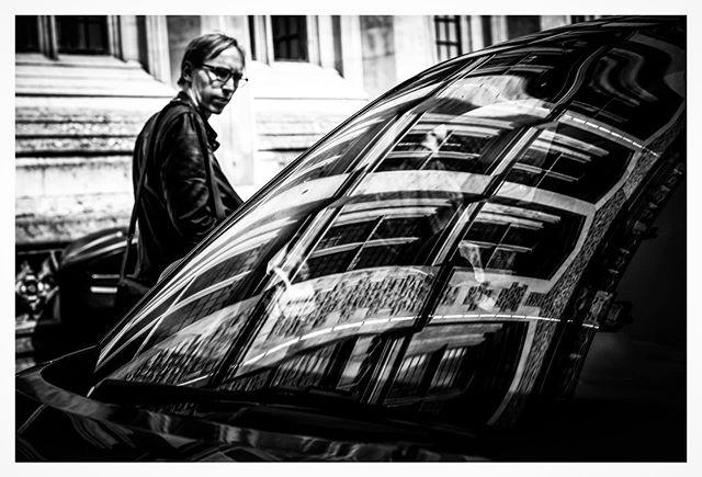 . . . . . . . . #streetfinder  #odtakeovers #fromthestreets #bestofstreet #capturestreets #loupemagazine #lensculturestreets #eyesopentalent #dpsp_street #storyofthestreets #streetgrammer #street_storytelling #_streetscenes #nonstopstreet #streetsacademy #timeless_streets #photoobserve #street_focus_on #myspc #streetgrammer #bw_mania #capturestreets #streethunters #eyeshotmag #eyesopentalent #mydaidia #friendsinstreets #toprepostme #thestreetcoop  @street_photography_london  @streets_unseen @streetphotographyinternational @eyeshot_magazine @street.classics @street.finder  @street.lens.mag @odtakeovers