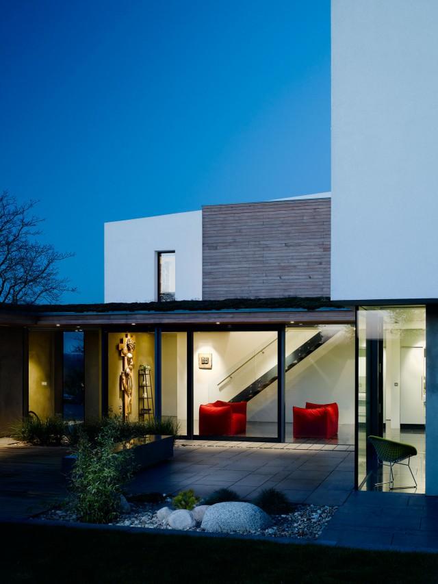 mikhail-riches-vance-house-area-volumes-002-640x853.jpg