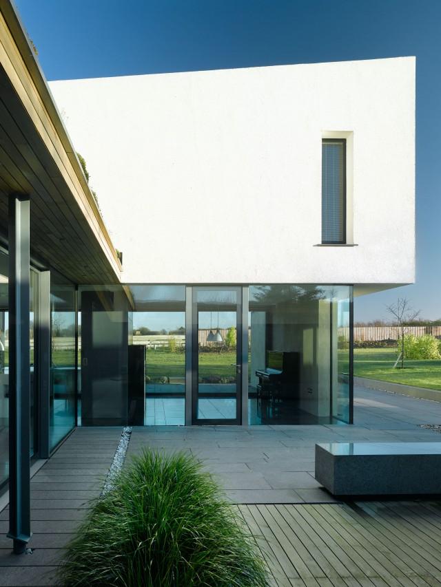 mikhail-riches-vance-house-area-volumes-001-640x853.jpg