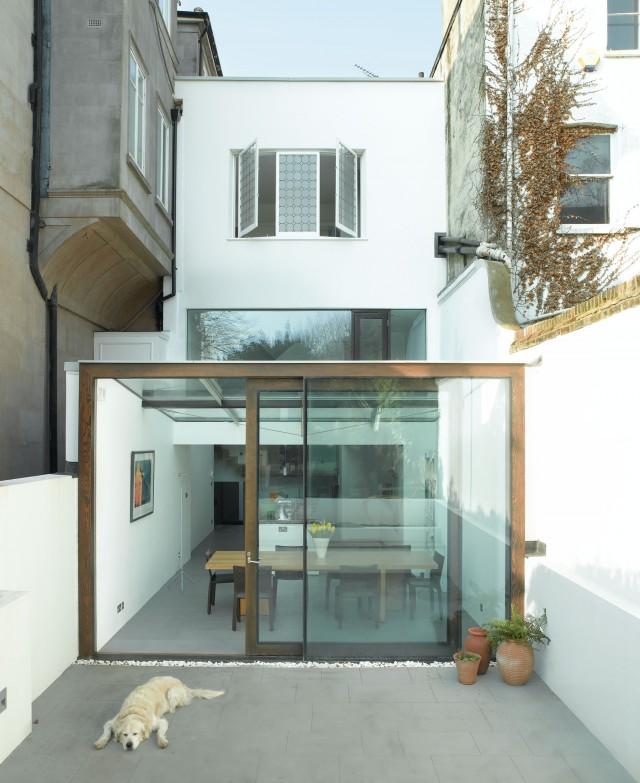 mikhail-riches-terrace-house-001-640x783.jpg