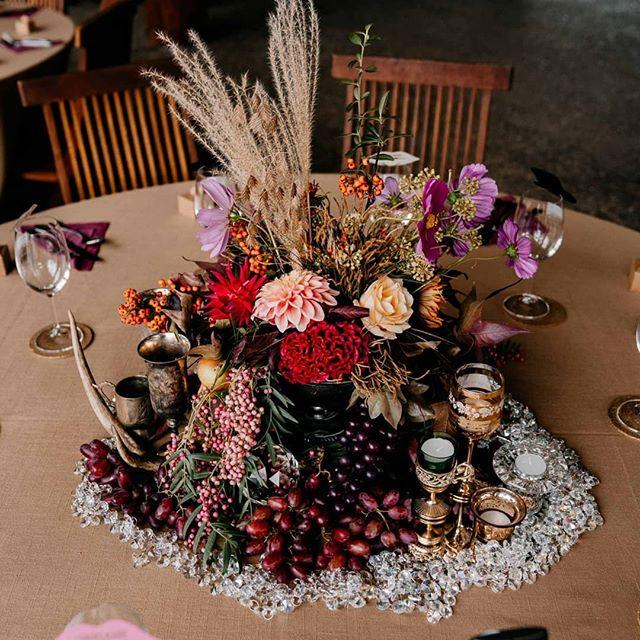 Edible centerpieces ~ literal table Grapes!  Swipe left for all the yummy details 💜🍇 📸 @swifthoundfilms  Gold Linen @hiresociety  #lararosebotanicalstylist #weddingcenterpieces #opulent #lush #luxury #seaonalflowers #autumnharvest #fontyspoolwedding #southernforestwedding #tableinstallation